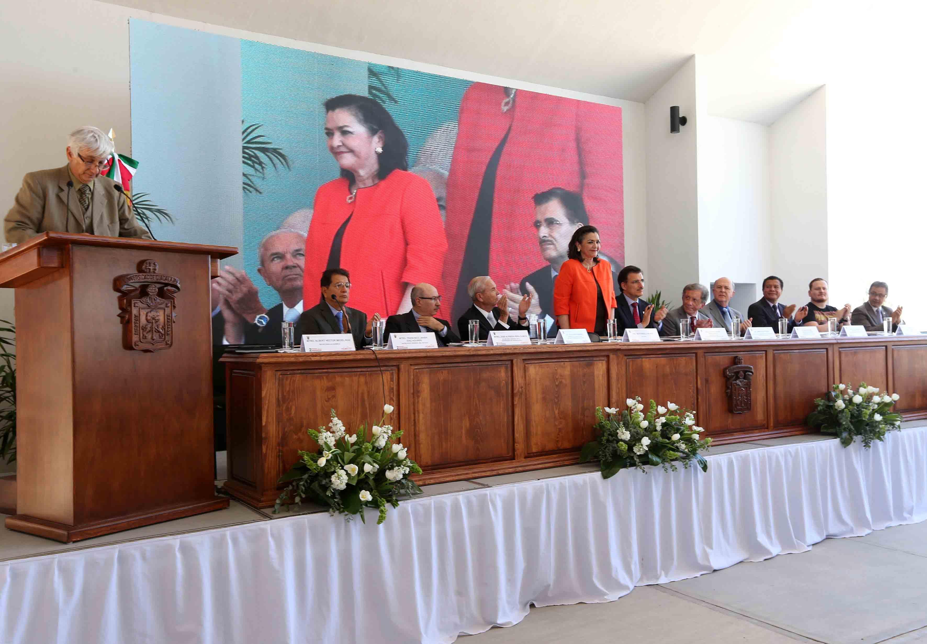 Presentación de Dra. Ruth Padilla Muños rectora de CUtonala