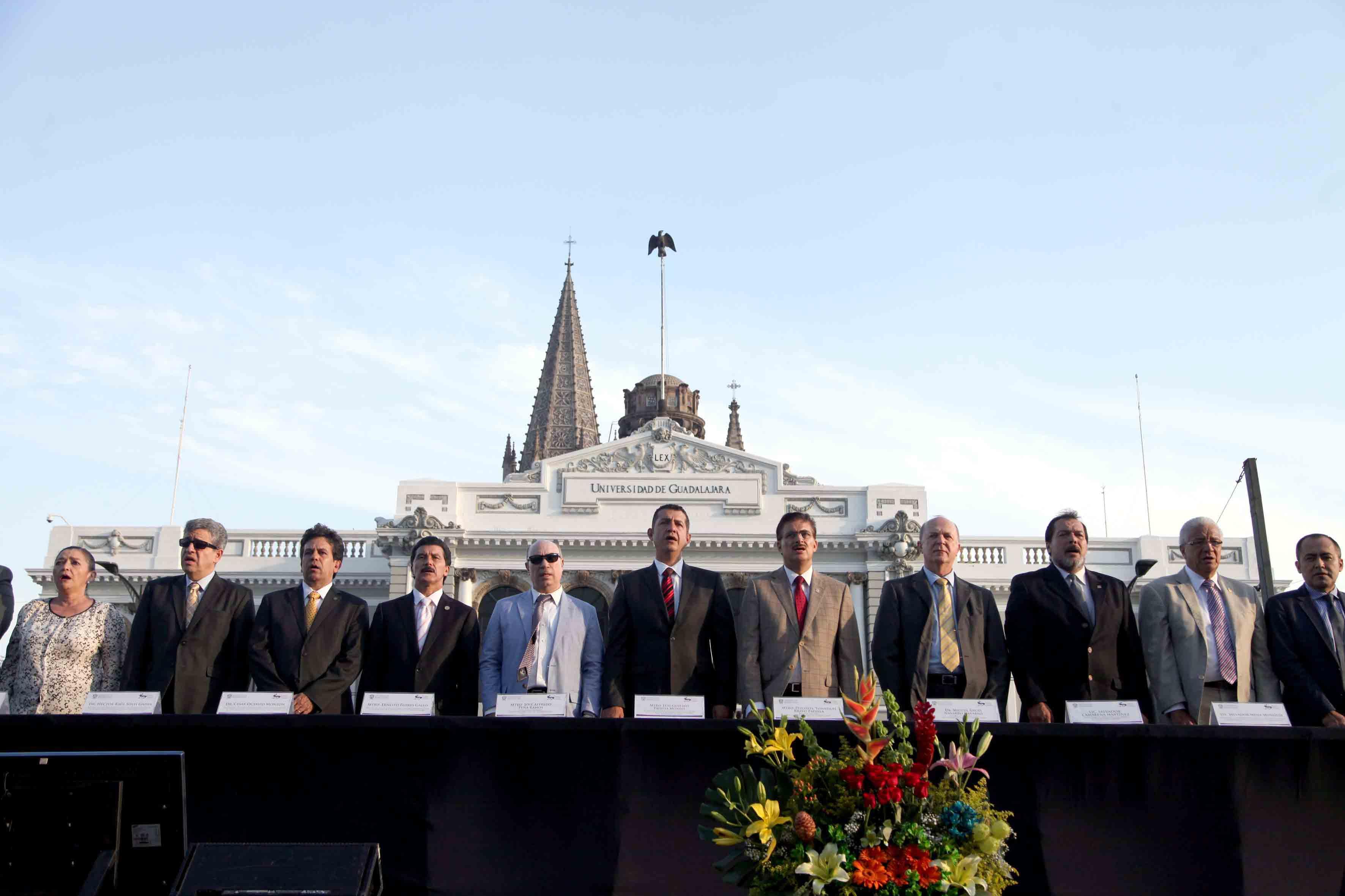 Autoridades universitarias, rectores de los centros universitarios metropolitanos y regionales