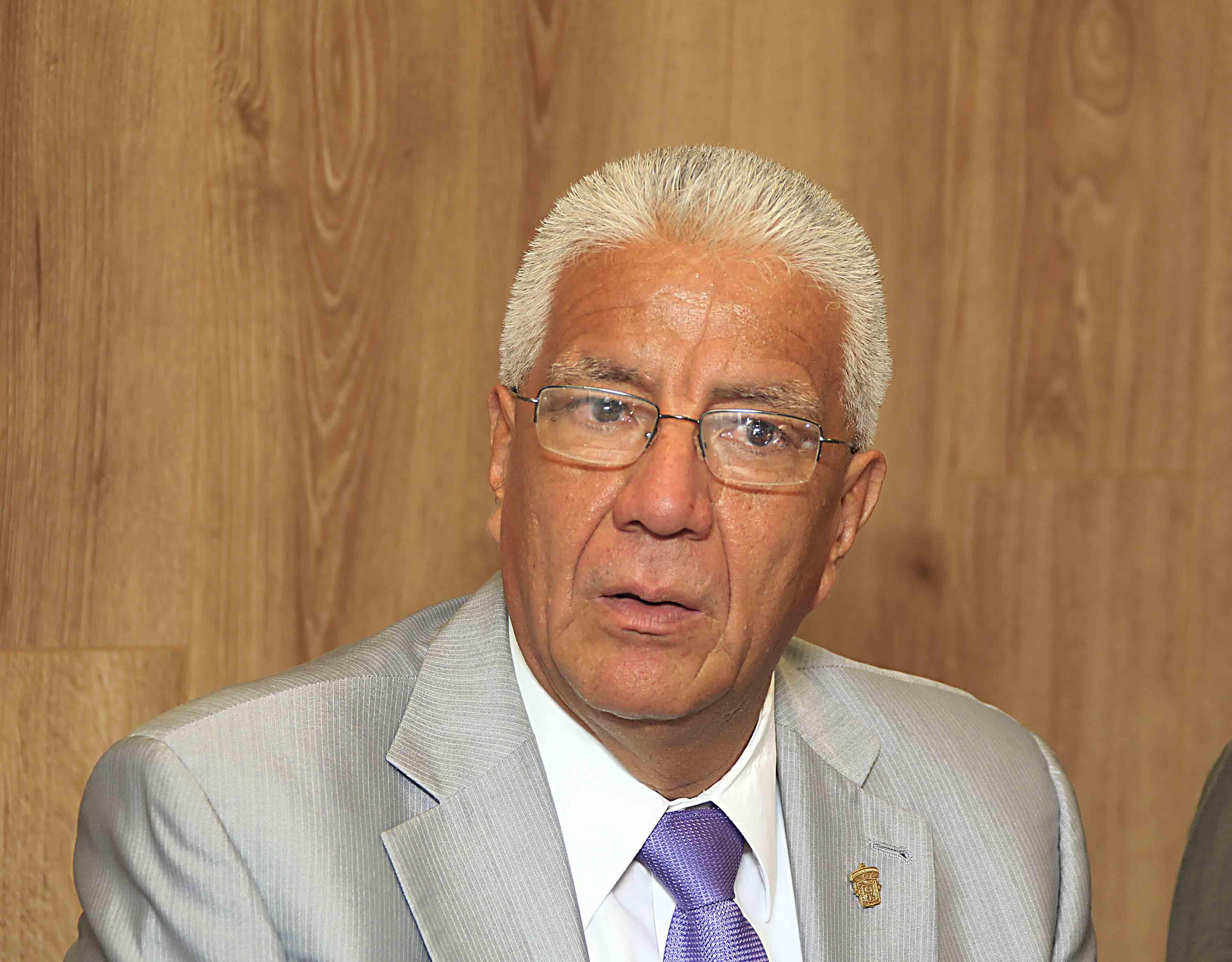 Rector del CUCBA, doctor Salvador Mena Munguía