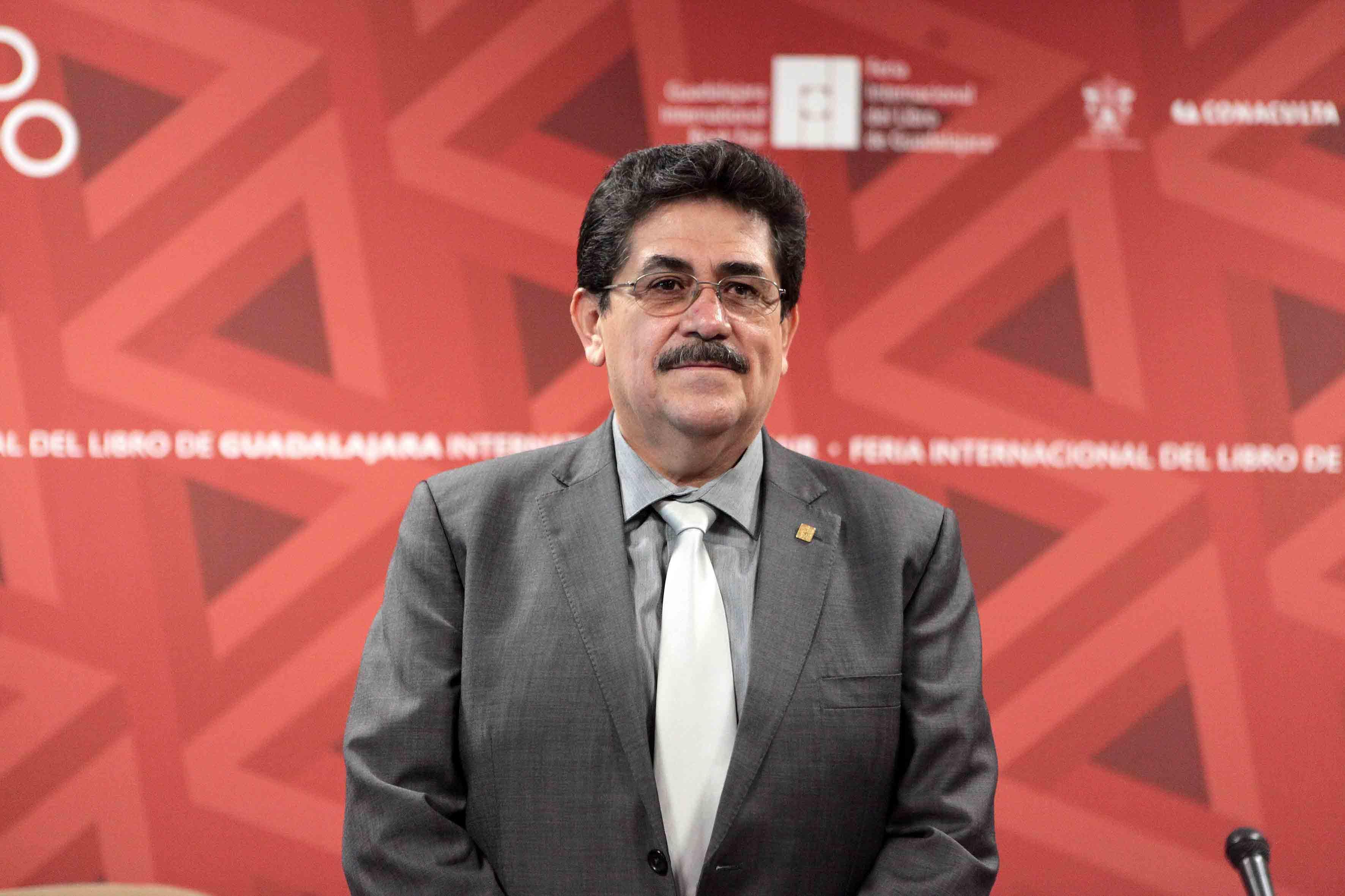 Mtro. Alfredo T. Ortega, Rector del Centro Universitario de la Costa Sur (CUCSUR).