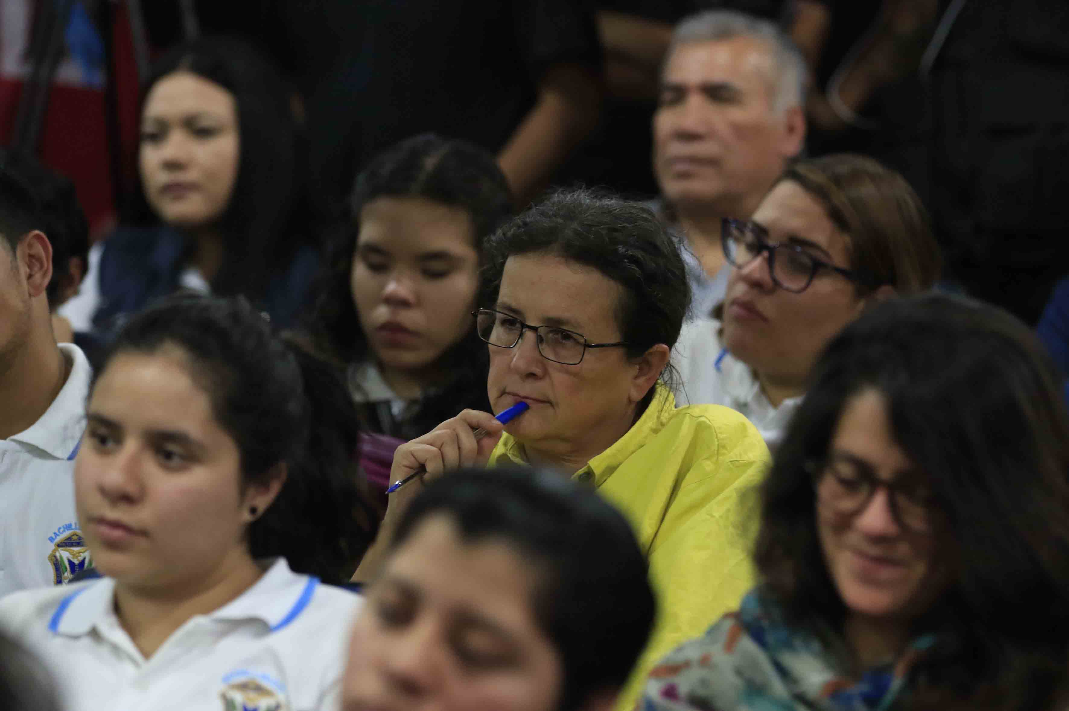 Publico asistente a la primera conferencia de este año de la Cátedra Latinoamericana Julio Cortázar, organizada por el Centro Universitario de Ciencias Sociales y Humanidades (CUCSH).
