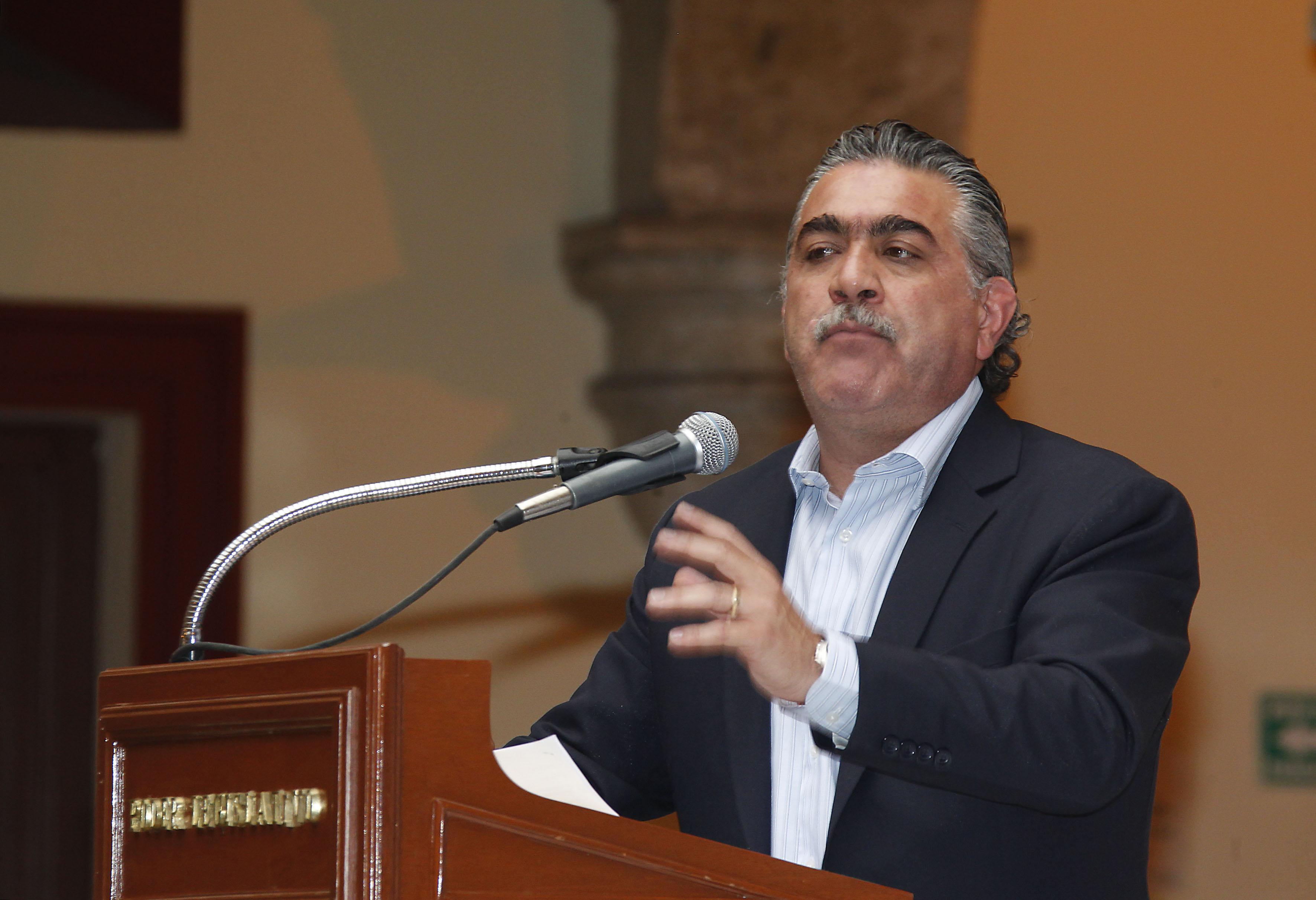 """Conferencia:  """"Maíz transgénico, todo lo que hay que saber"""" impartida por  Dr. Salvador Mena Munguía"""