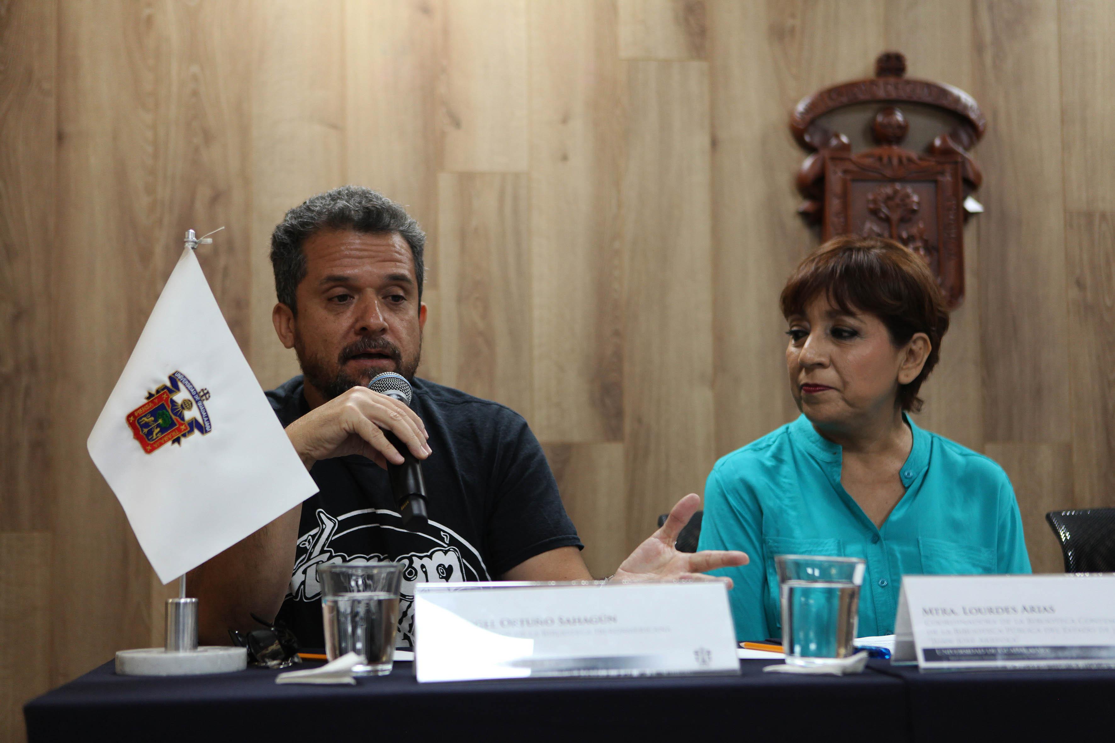 Jefe de Servicios de la Biblioteca Iberoamericana Octavio Paz, Ángel Ortuño Sahagún