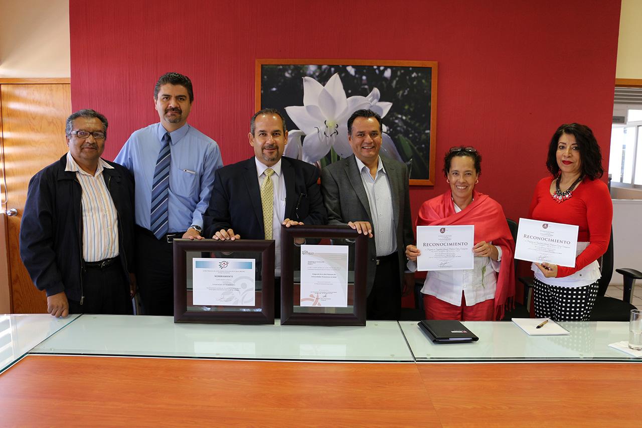 Autoridades del CUSUR en la ceremonia de la certificación para la licenciatura en Seguridad Laboral