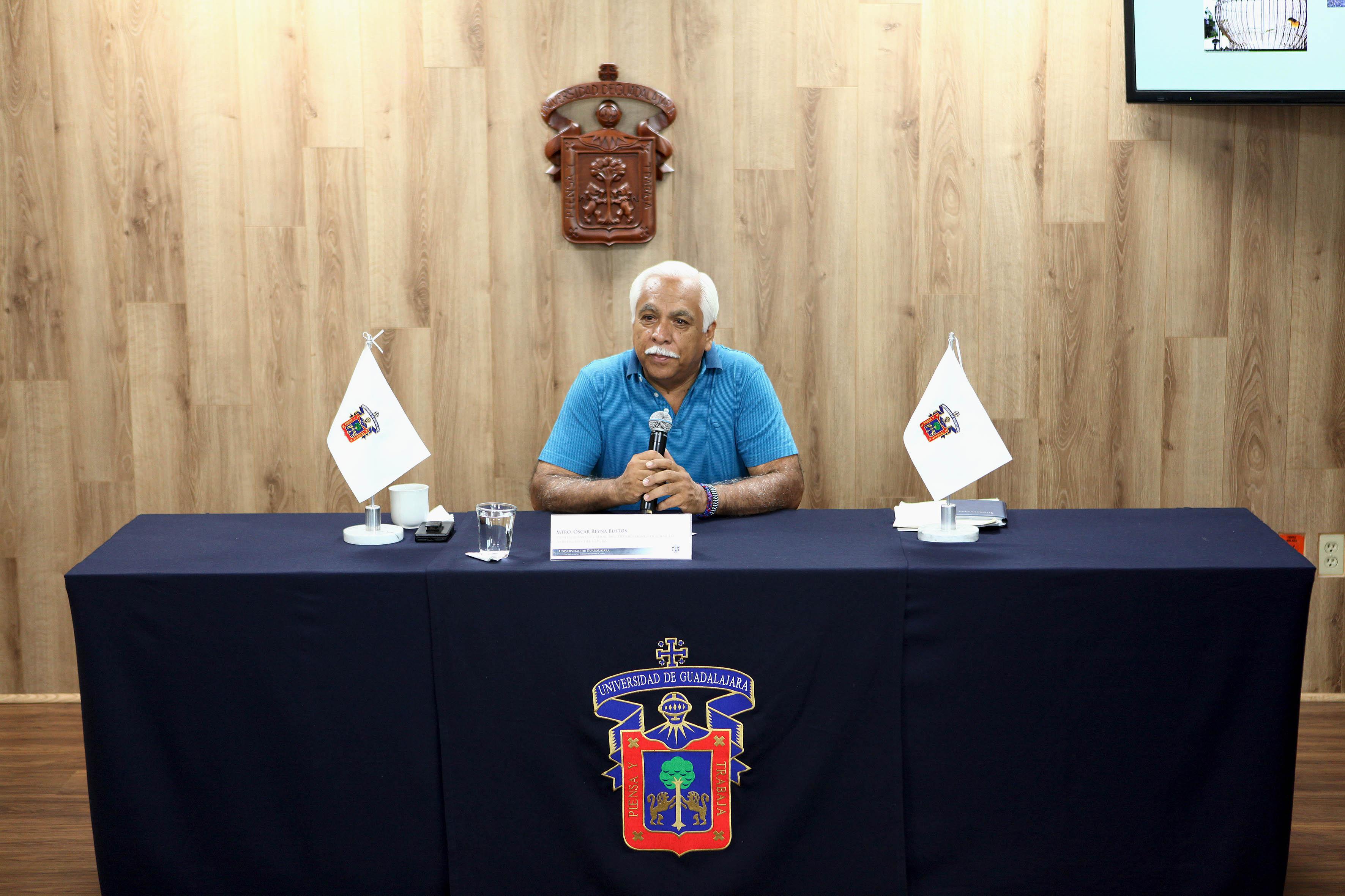 Dr. Óscar Francisco Reyna Bustos, investigador del Centro Universitario de Ciencias Biológico y Agropecuarias (CUCBA