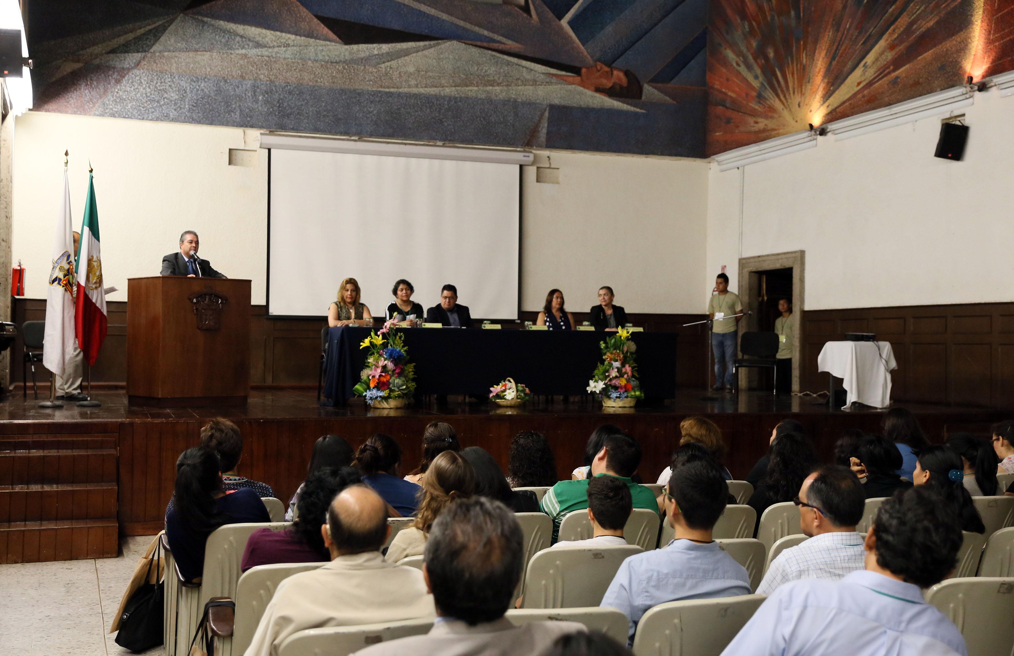 Ponentes y publico asistente al  V Coloquio Nacional de Estudiantes y Egresados de Programas Académicos en Educación Ambiental.