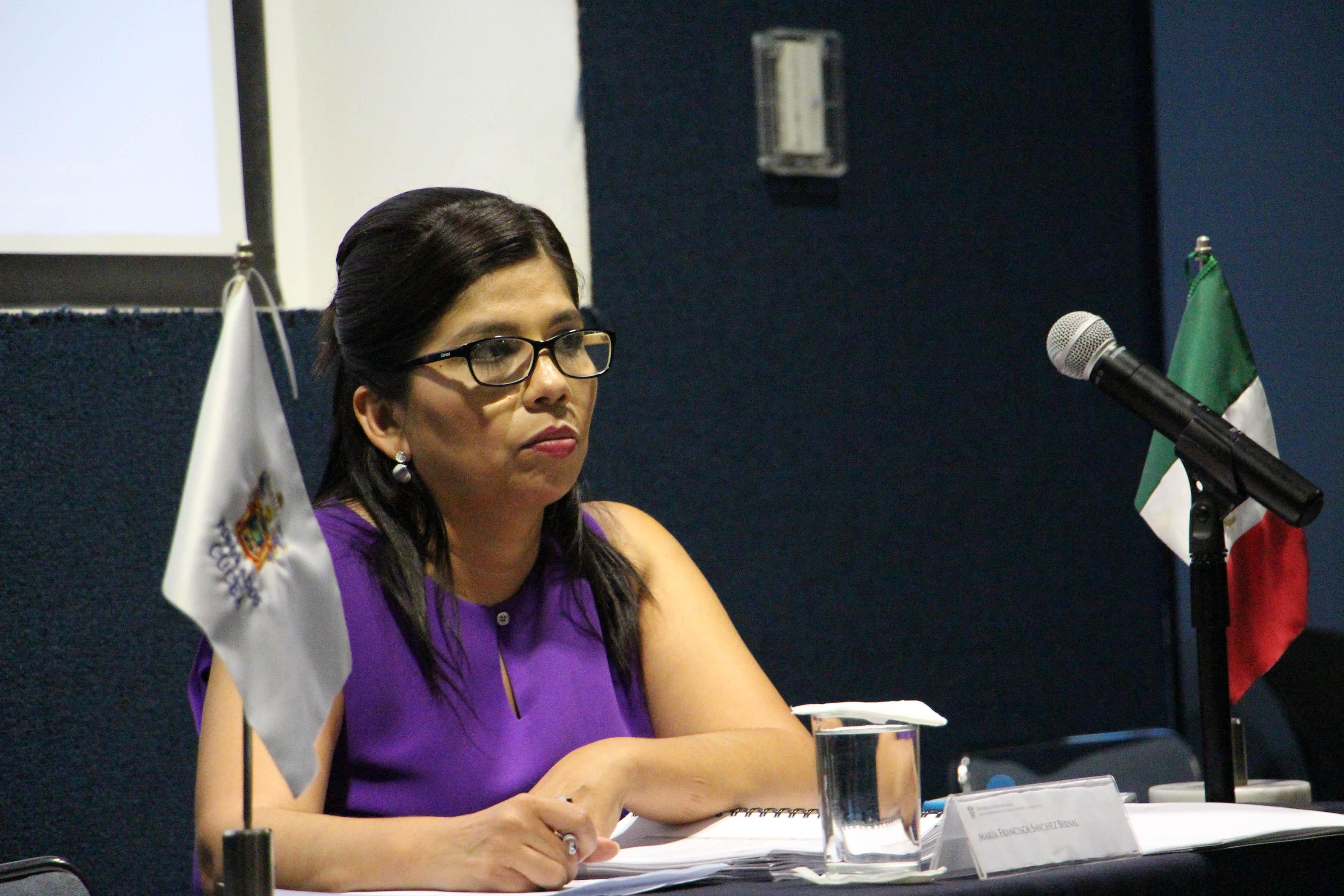 María Francisca Sánchez Bernal,  primera egresada en obtener el grado de doctora en Gestión de la Educación Superior en CUCEA.
