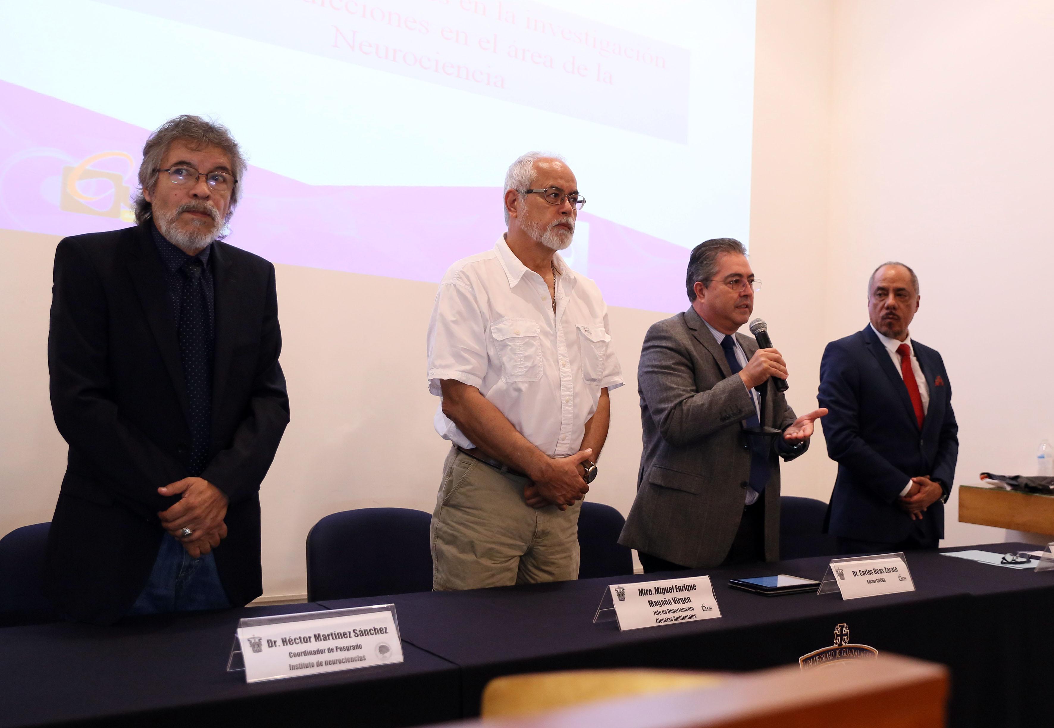 Dr. Carlos Beas Zárate, rector del CUCBA,participando en la inaguración de Neurociencias en Julio 2016