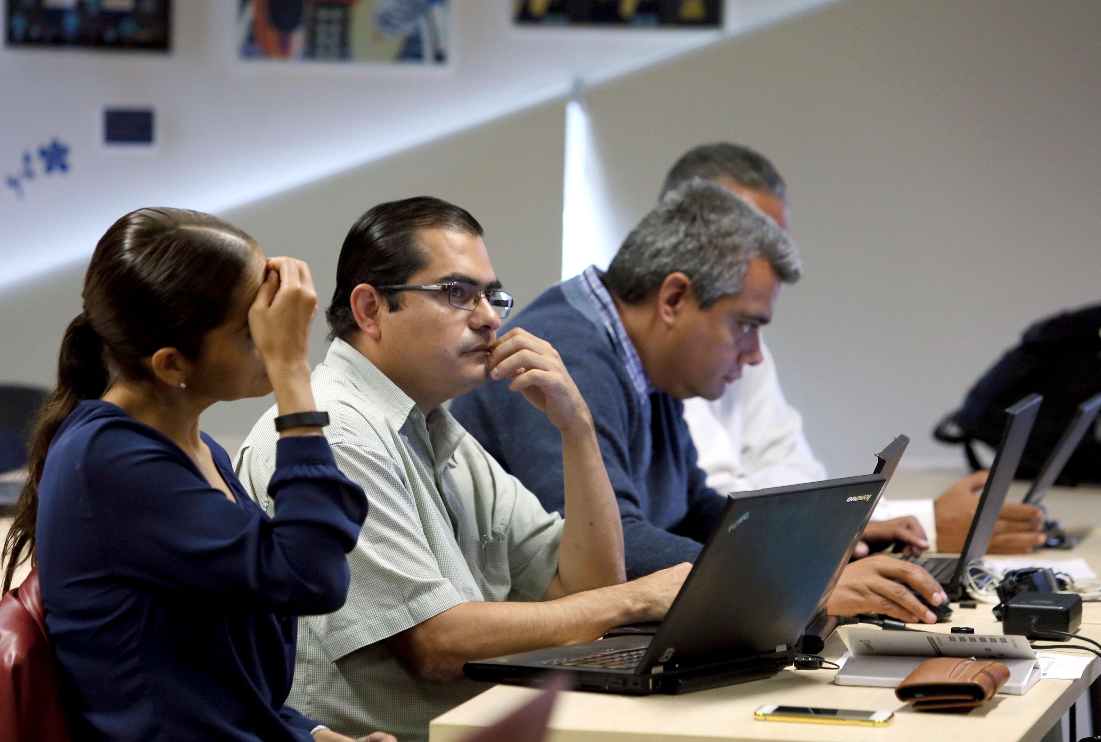 Profesores, investigadores y especialistas, atentos al curso sobre la exploración de datos