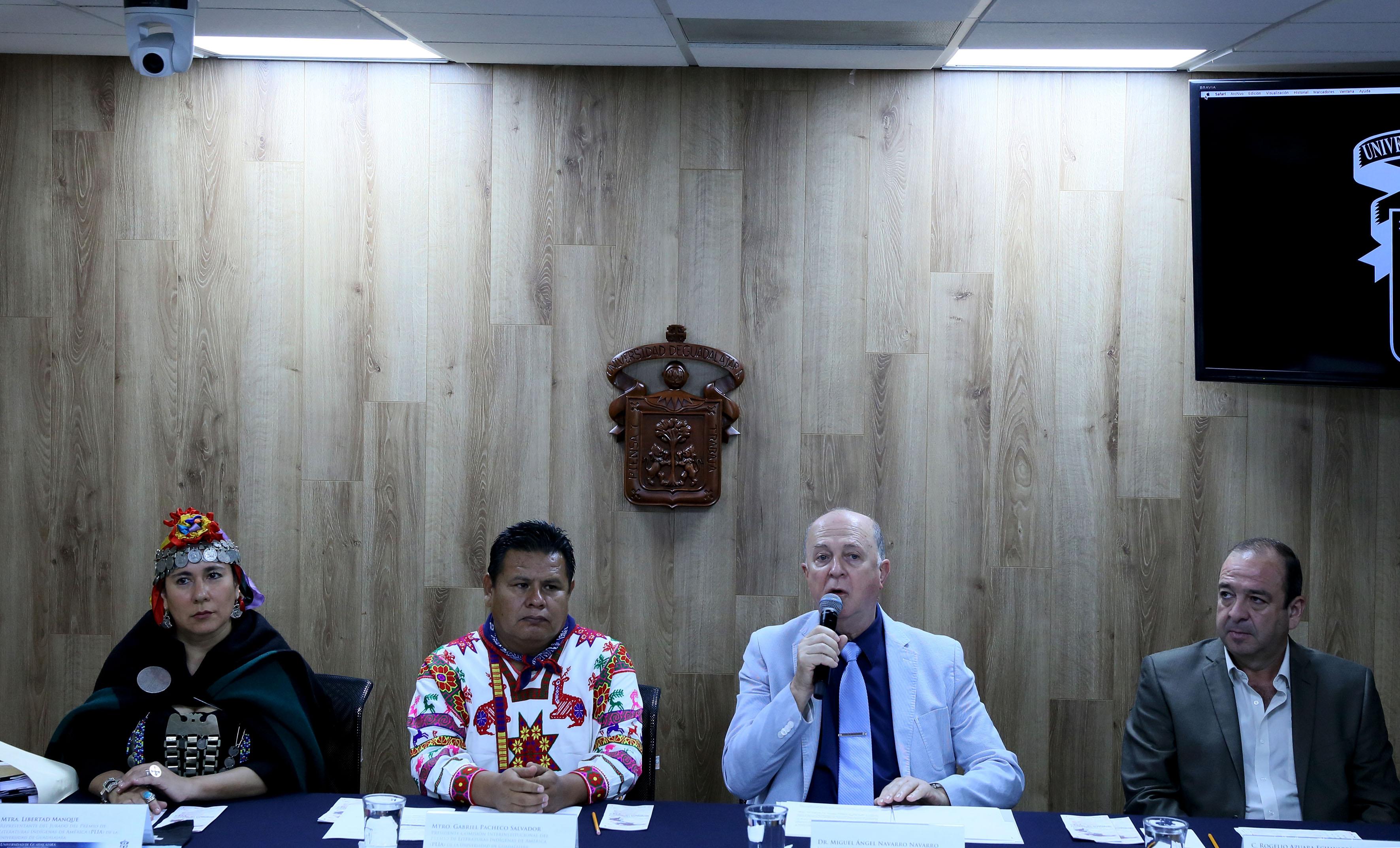 Doctor Miguel Ángel Navarro Navarro, Vicerrector Ejecutivo de la UdeG, haciendo uso de la palabra