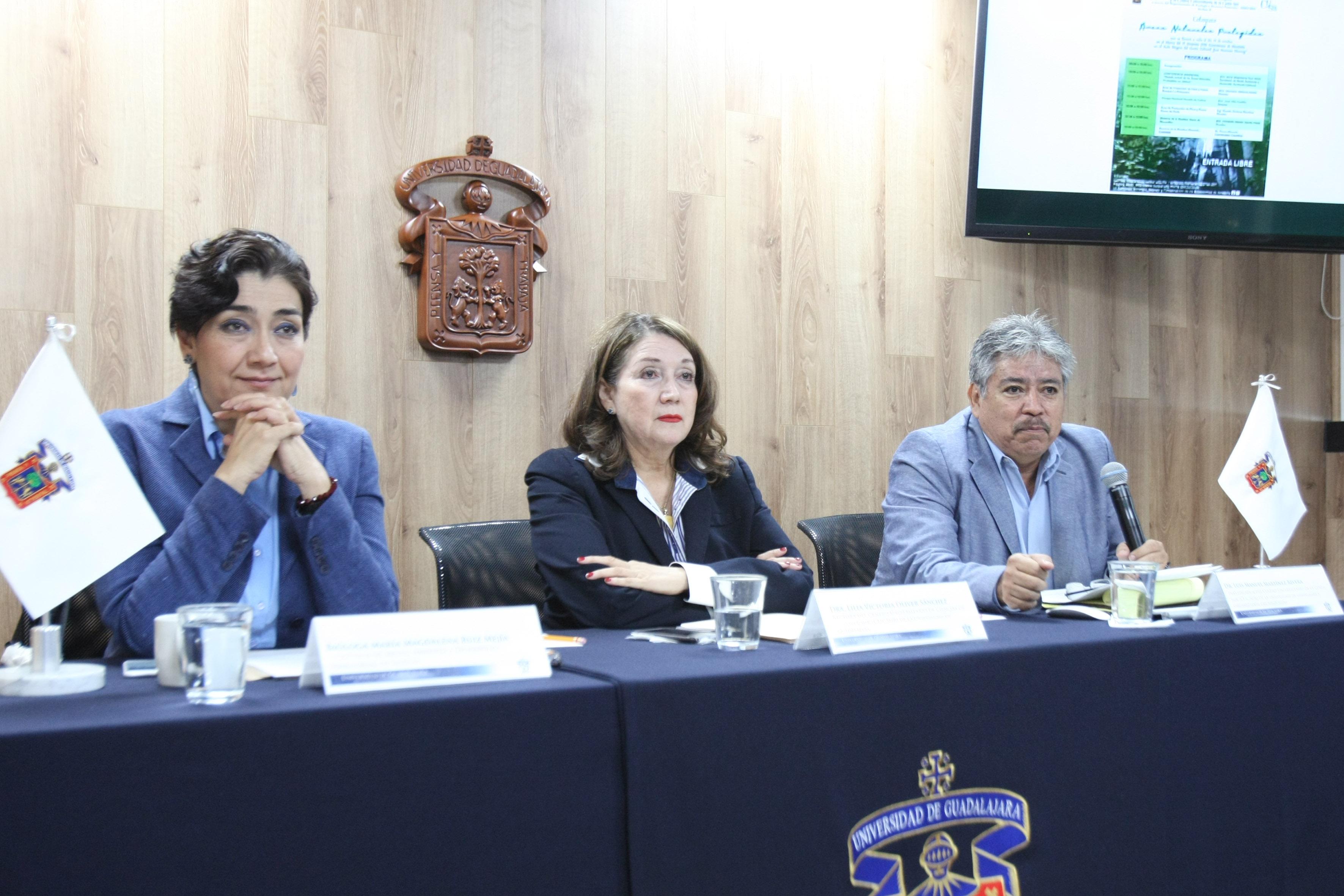 """Miembros del presidium del  """"VI Simposio Nacional de Ecología, Manejo y Conservación de los Ecosistemas de Montaña en México"""""""