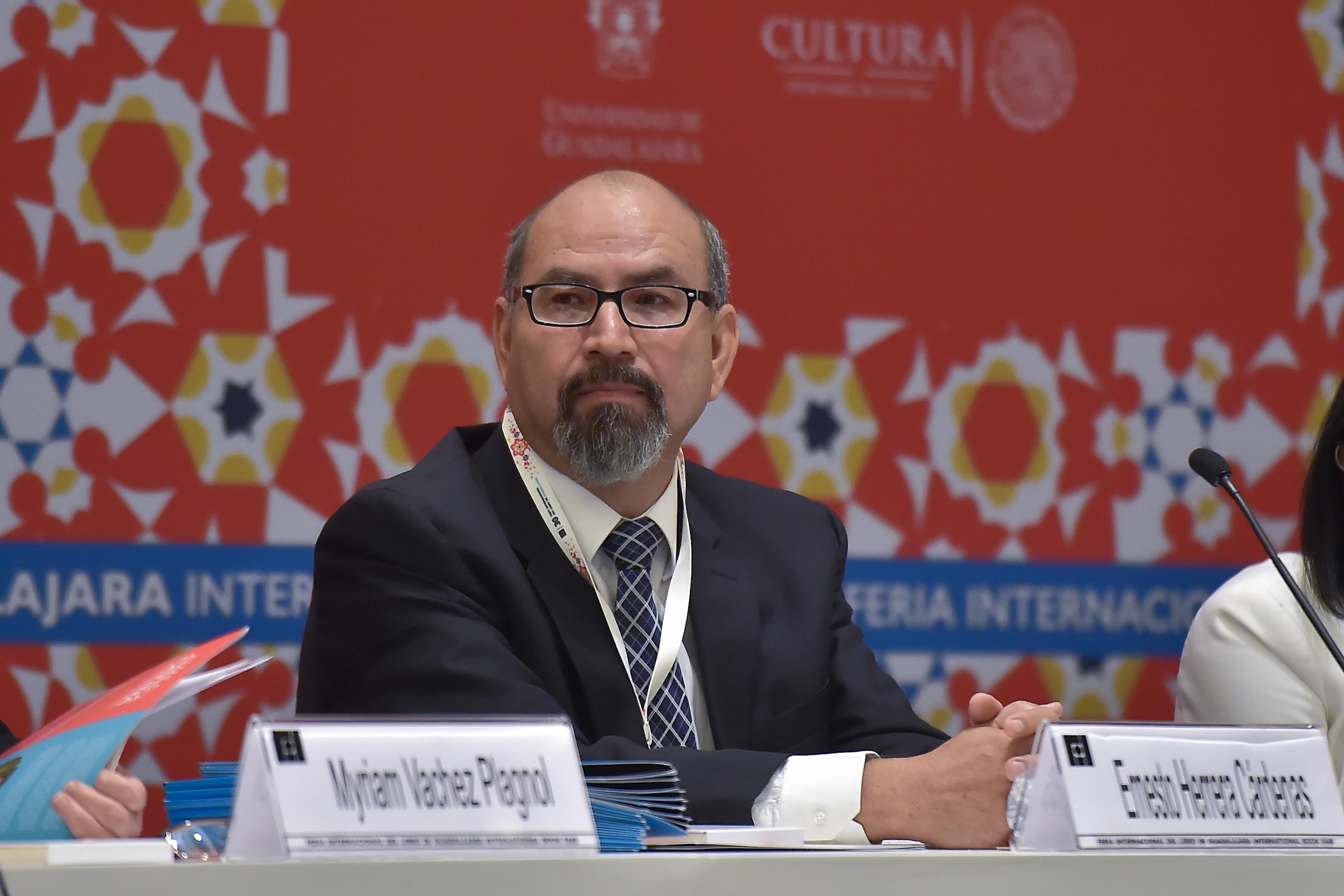 Maestro Ernesto Herrera Cárdenas, secretario académico del SEMS.