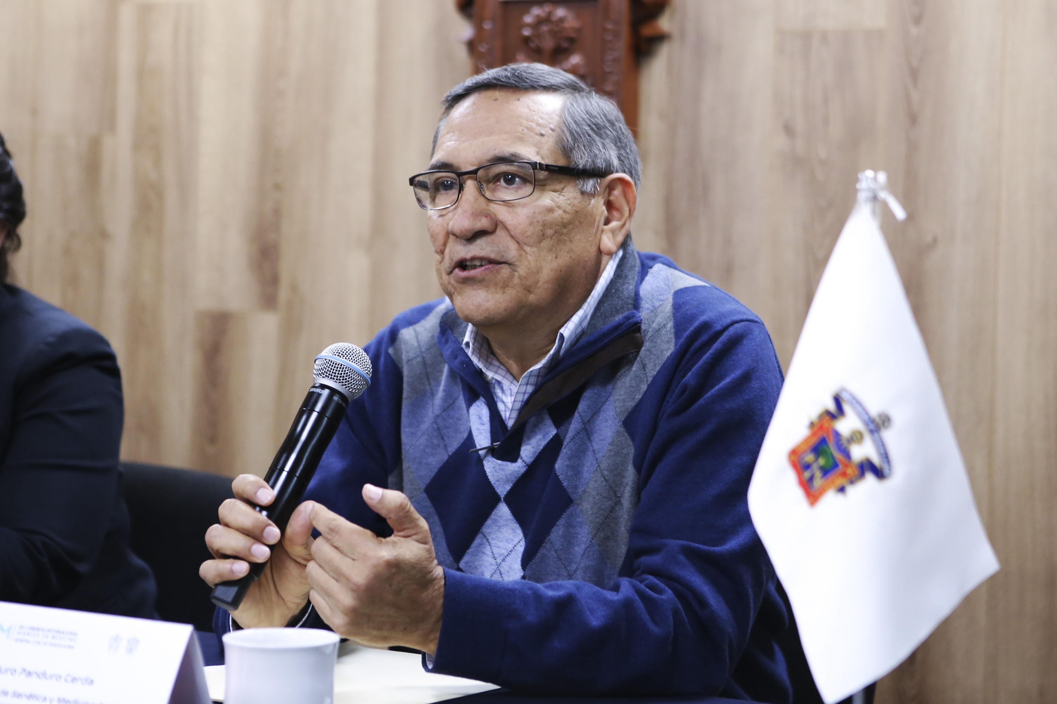 El doctor Arturo Panduro Cerda, coordinador del Módulo de Genética y Medicina Genómica del XIX Congreso Internacional Avances en Medicina (CIAM) 2017 del Hospital Civil de Guadalajara.
