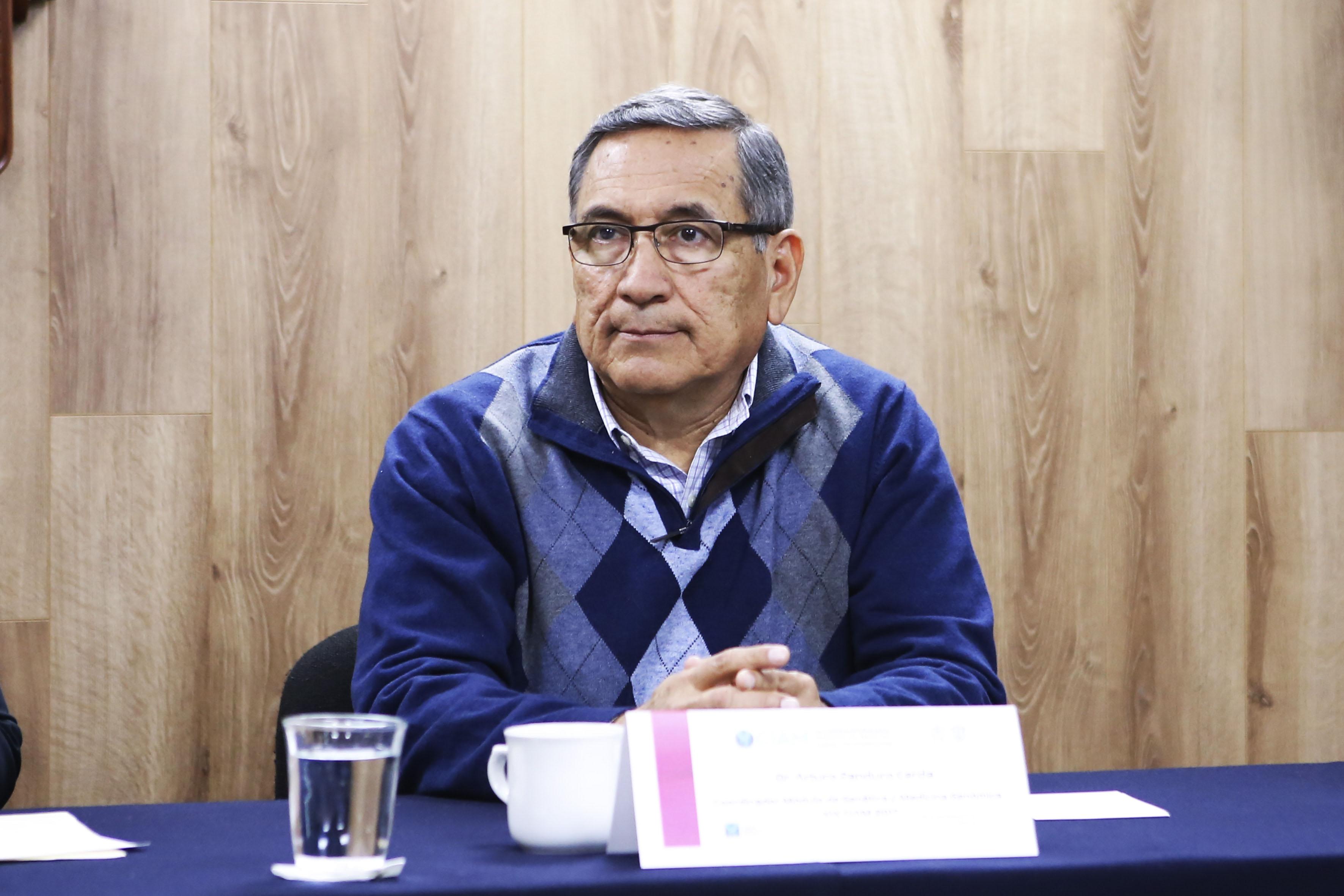 El doctor Arturo Panduro Cerda