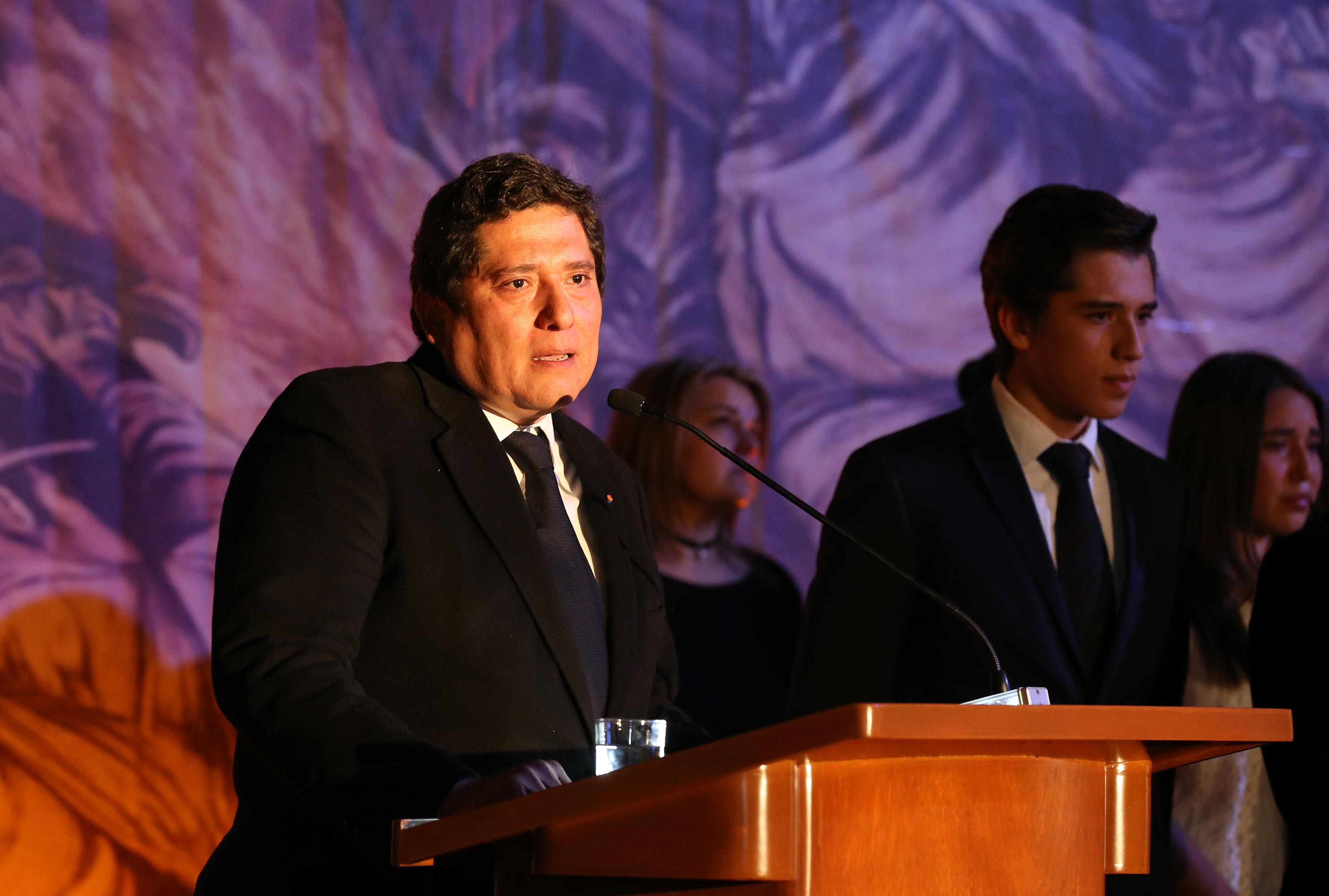 José Luis Leal Campos, hijo del Maestro Emérito, agradeciendo el homenaje de su padre, en nombre de la familia.