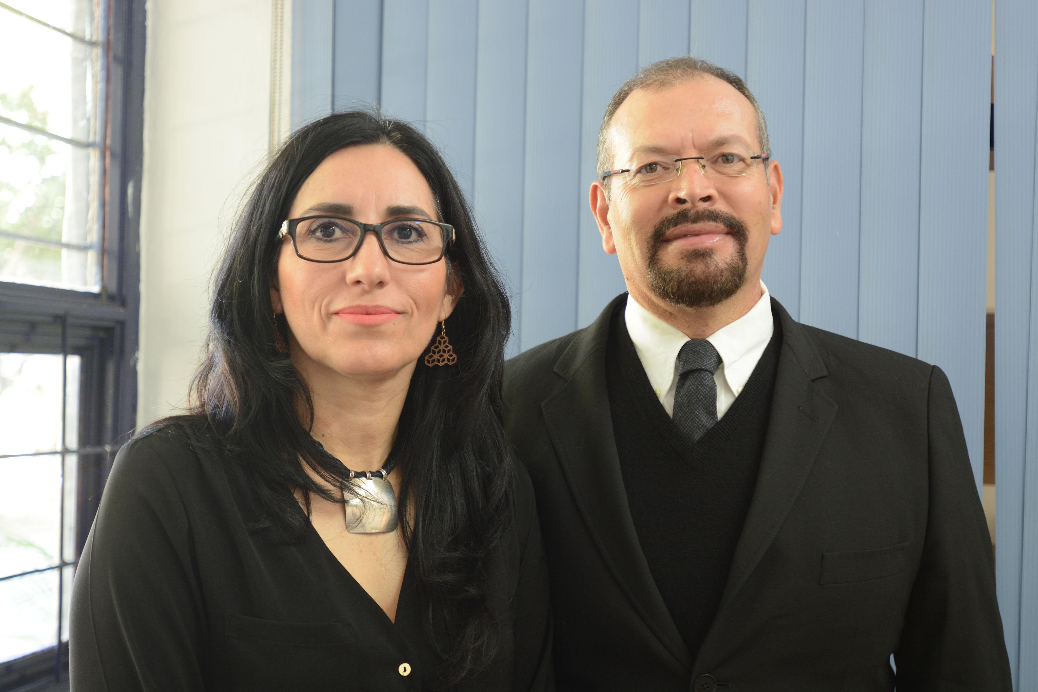 Dra. Alicia Vargas Amésquita, miembro del Sistema Nacional de Investigadores (SNI), nivel I y jefa del Departamento de Historia y el doctor David Carvajal López