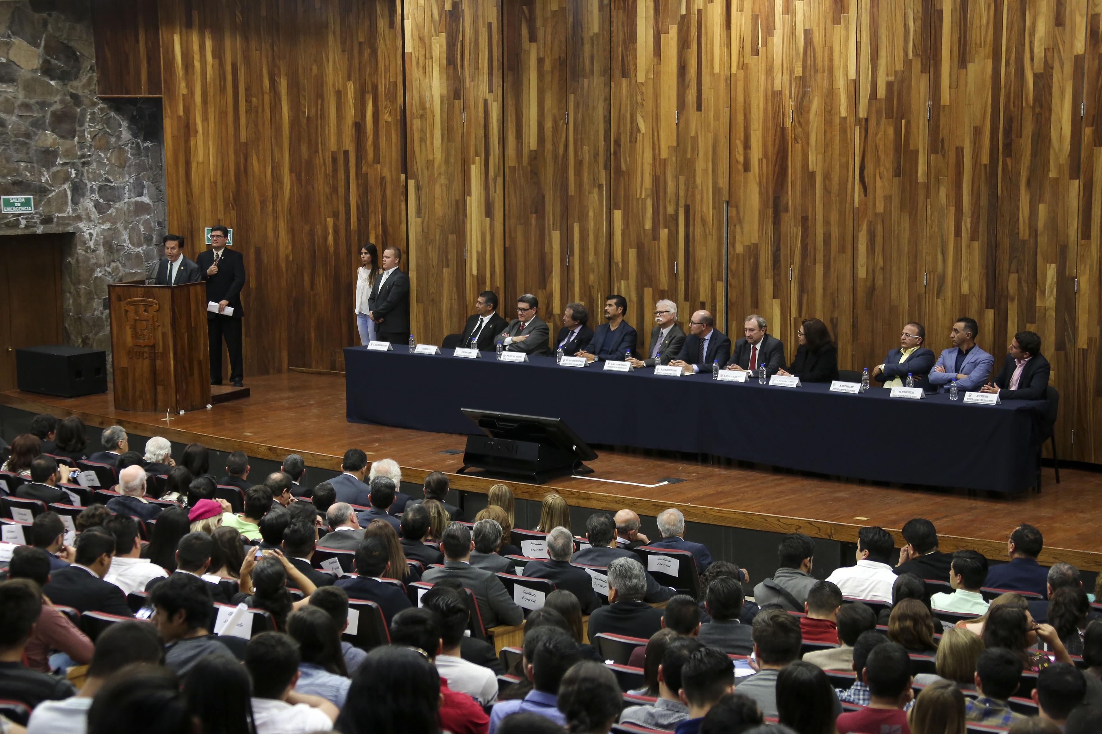 Ceremonia de conmemoración por el 100 aniversario de la promulgación de la Constitución Política de los Estados Unidos Mexicanos y del Estado de Jalisco