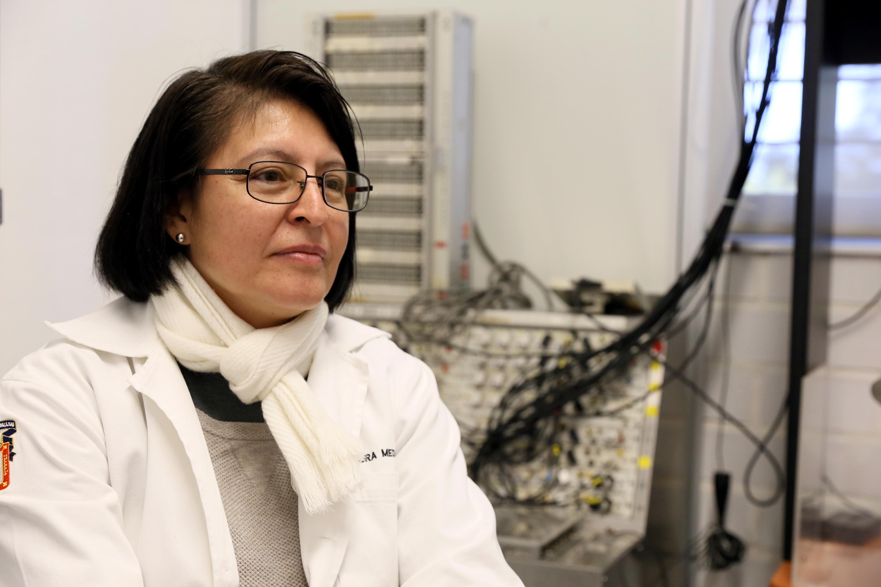 Doctora Laura Guadalupe Medina Ceja, académica adscrita al Laboratorio de Neurofisiología del CUCBA.