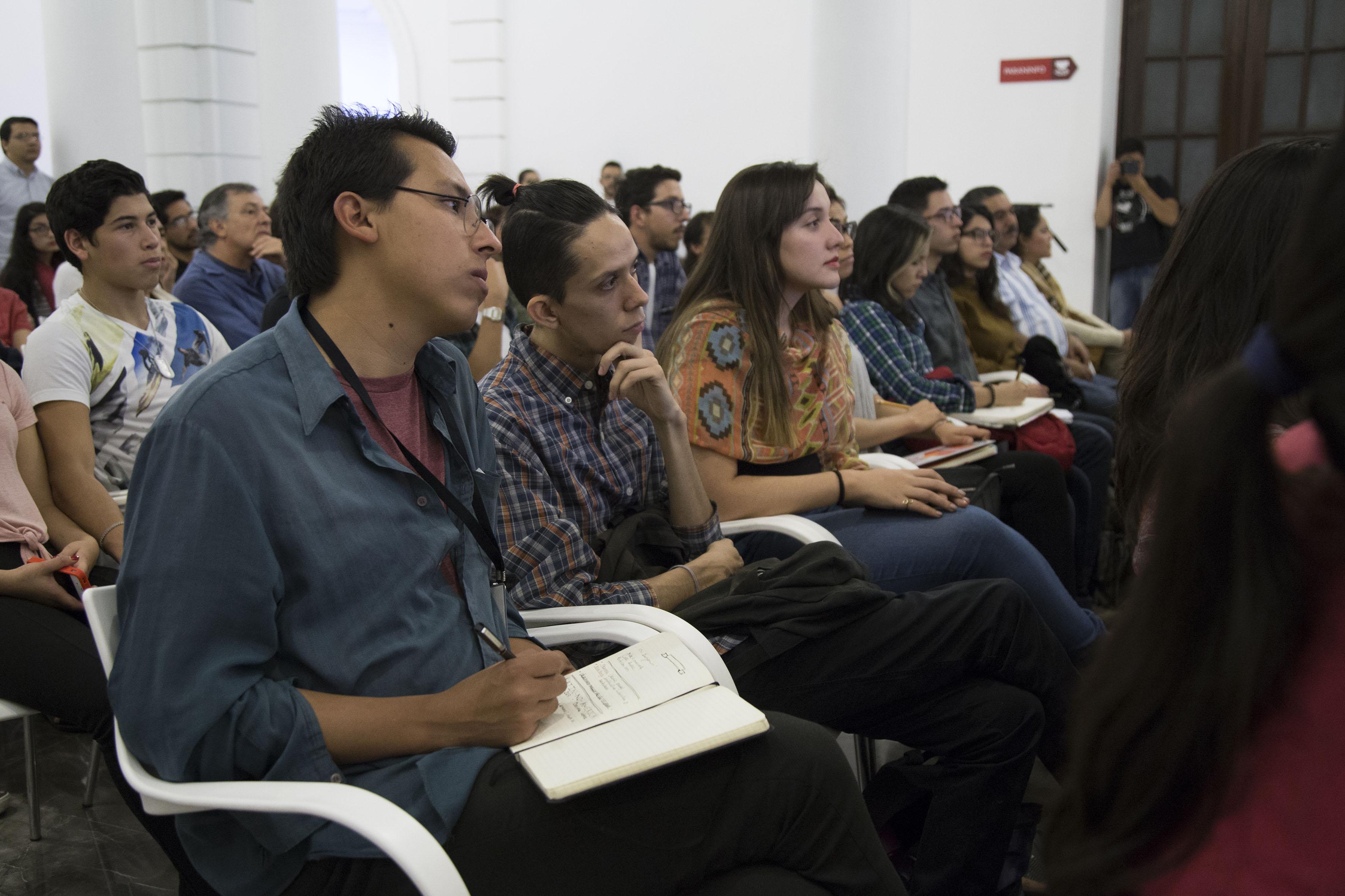 Académica analiza la cultura latinoamericana en el arte ...
