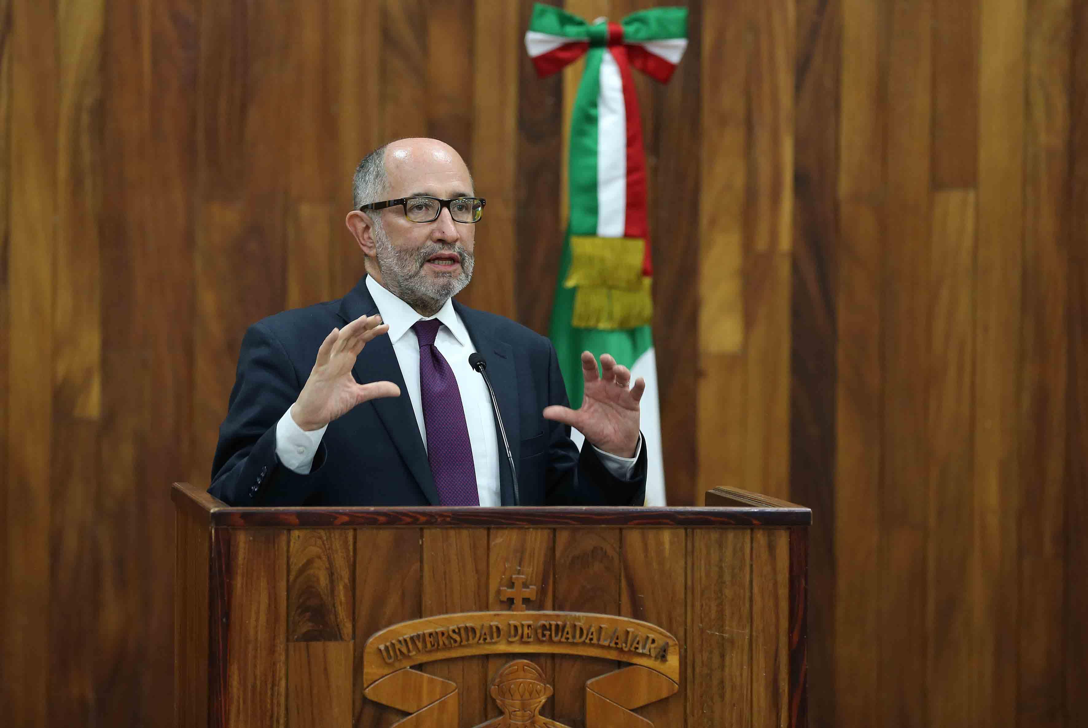 Doctor José Ramón Cossío Díaz, Ministro de la Suprema Corte de Justicia de la Nación (SCJN), haciendo uso de la palabra.