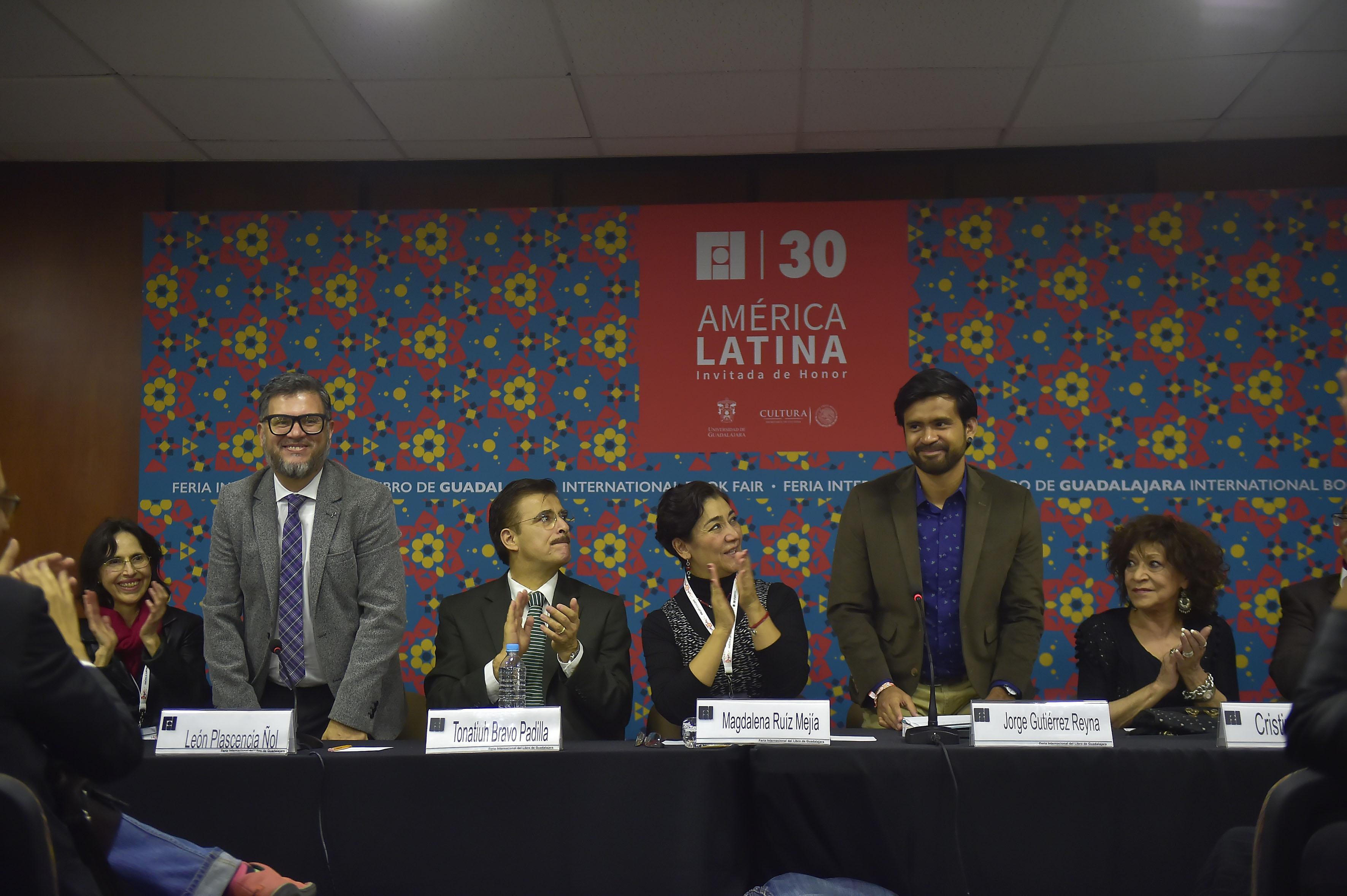La segunda edición del galardón está dotada de diez mil dólares y dedicada al cuento. La premiación se llevará a cabo durante la edición 31 de la FIL Guadalajara