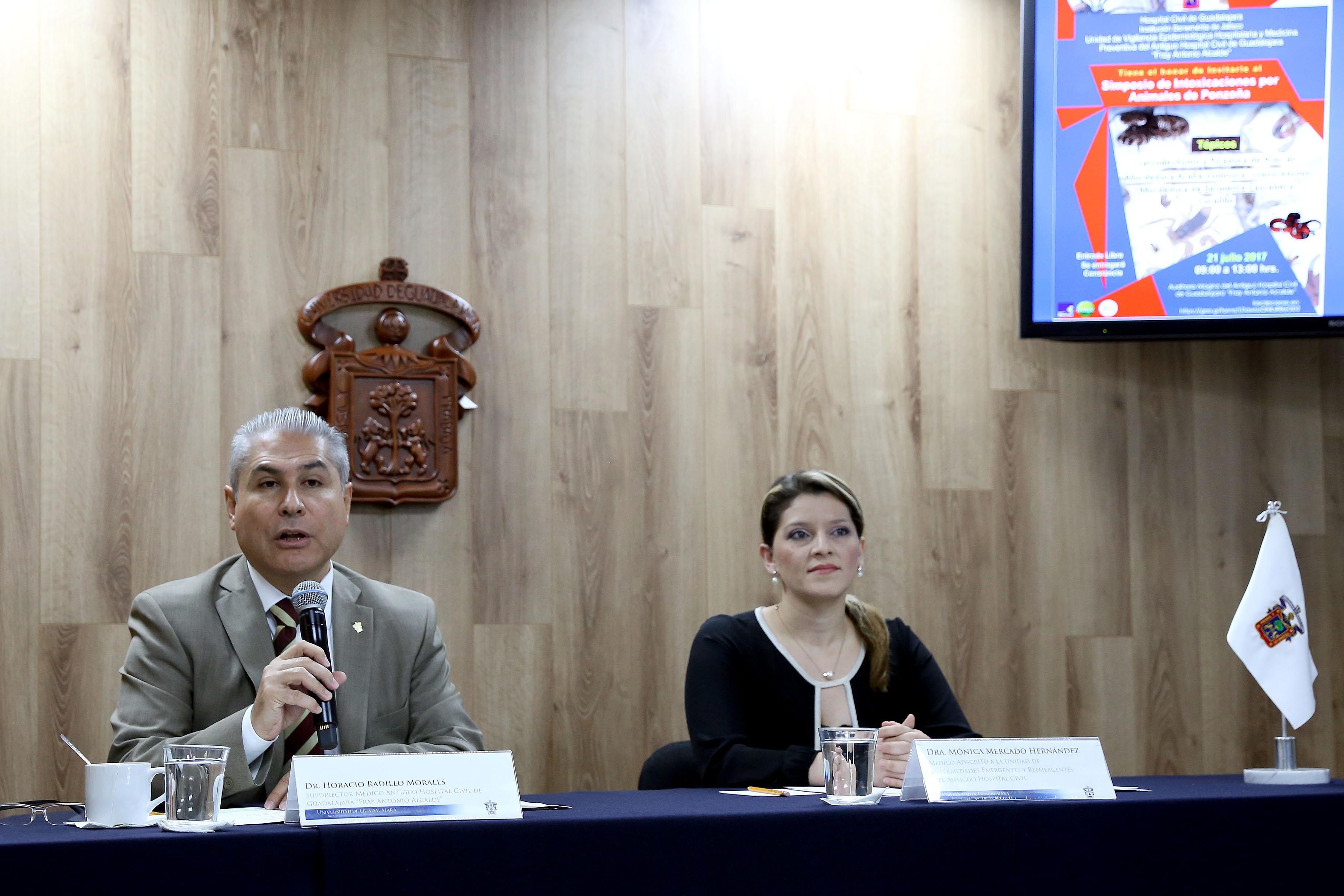 """Rueda de prensa para anunciar el  el simposio """"Actualización en el manejo de las intoxicaciones por animales de ponzoña""""."""