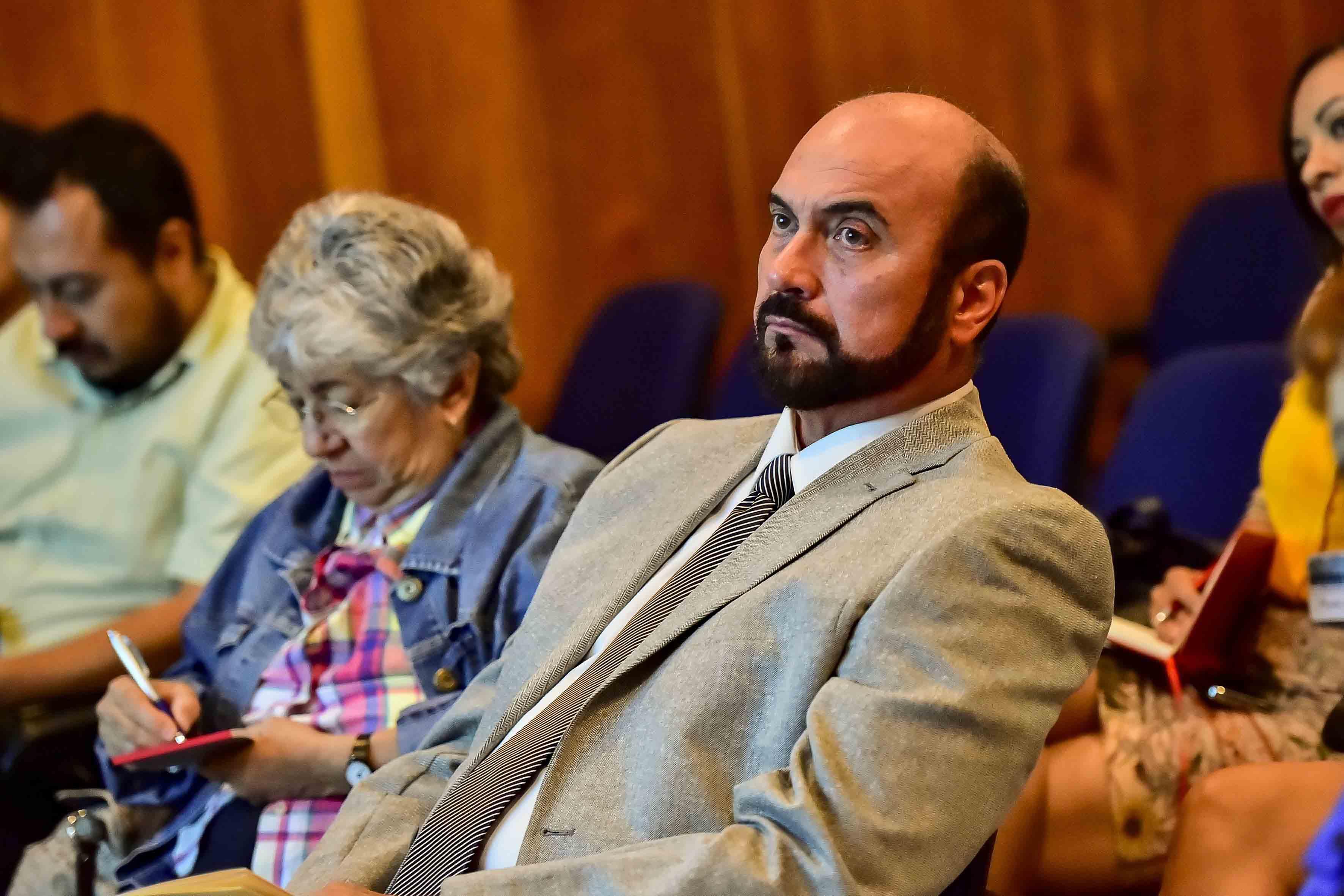 Público asistente a conferencia de neurociencias.