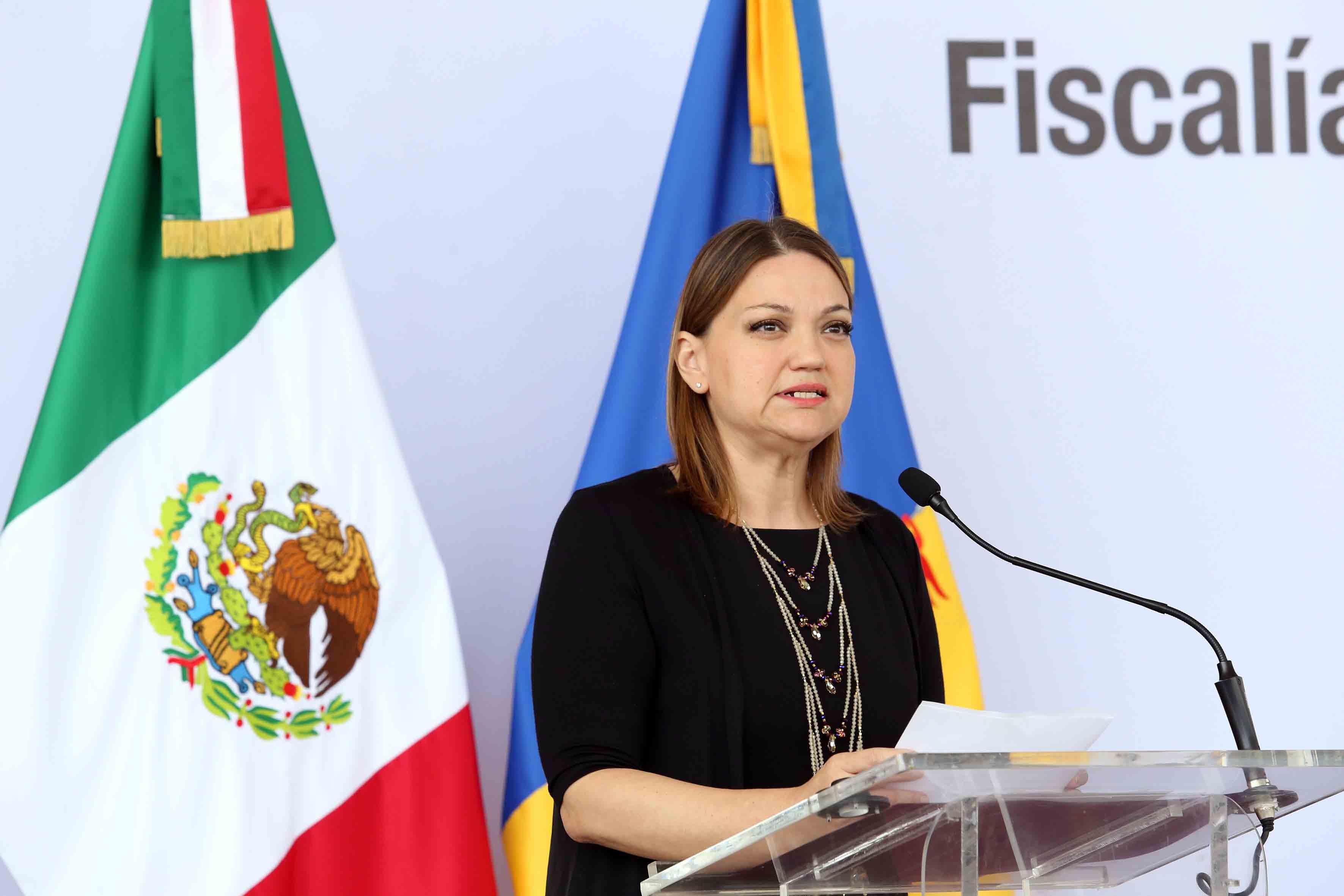 Rectora del CUCiénega, maestra María Felícitas Parga Jiménez haciendo uso de la palabra