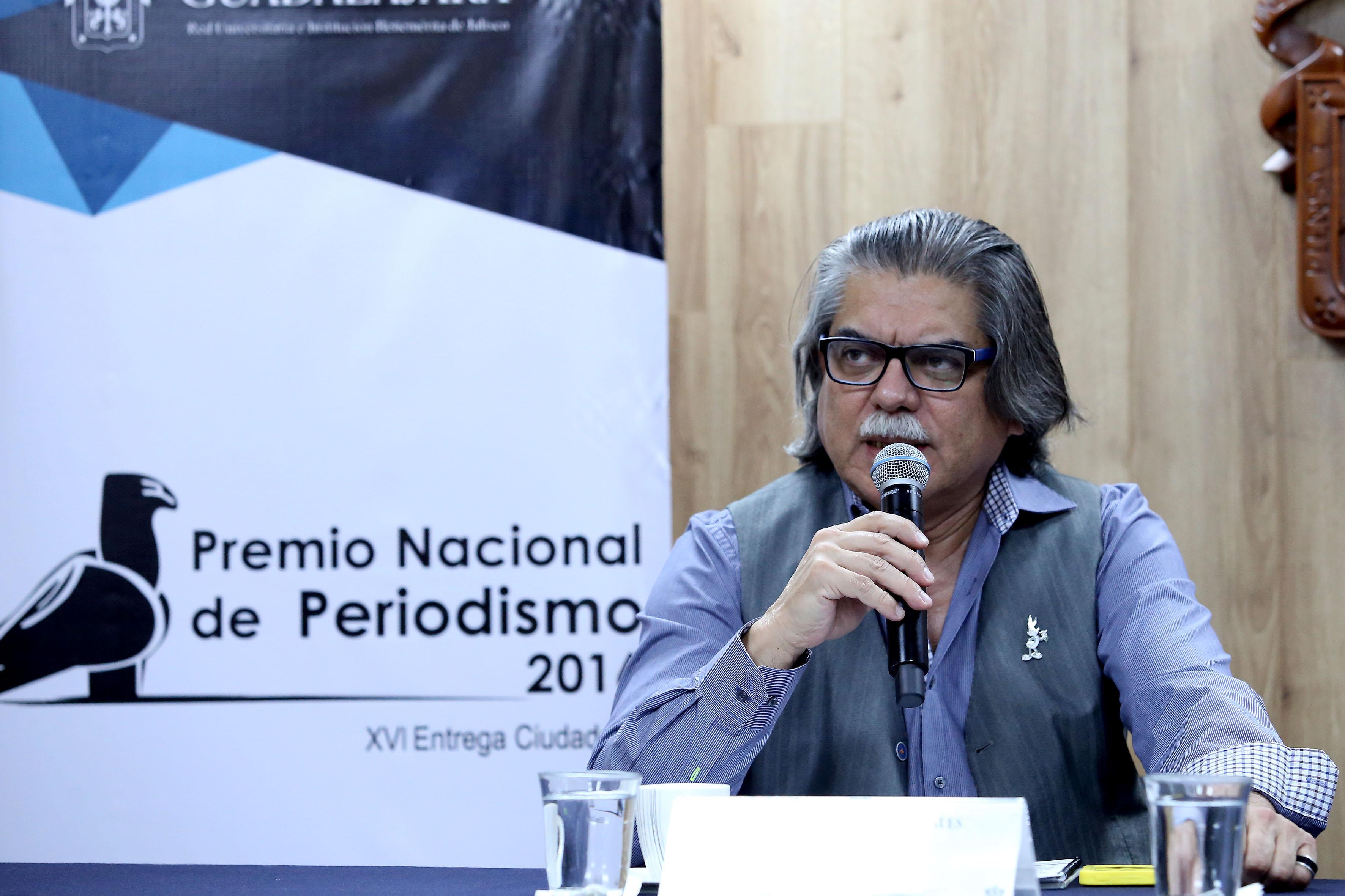 Manuel Falcón Morales haciendo uso de la palabra