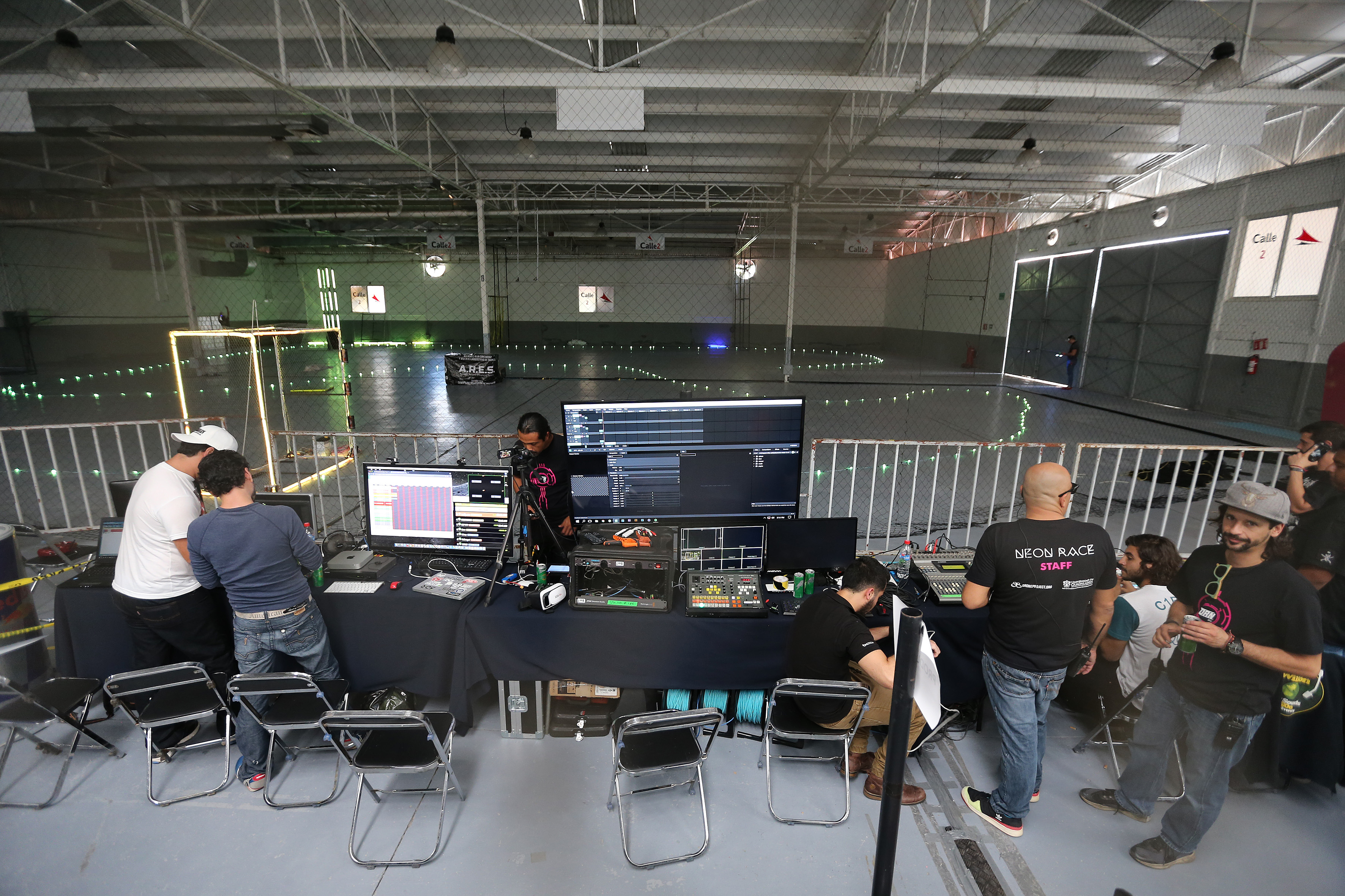 Pista para la carrera de drones Neon Race