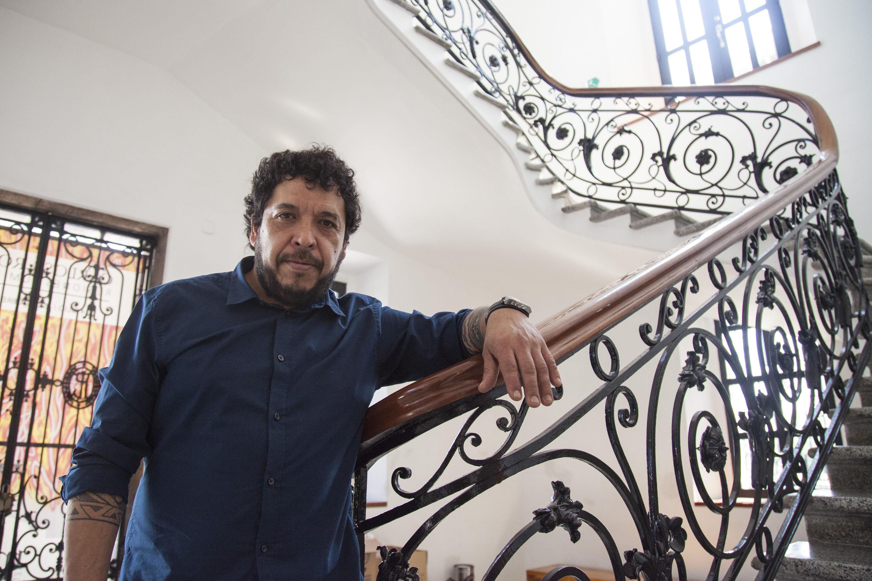 Artista chileno Norton Maza en el MUSA