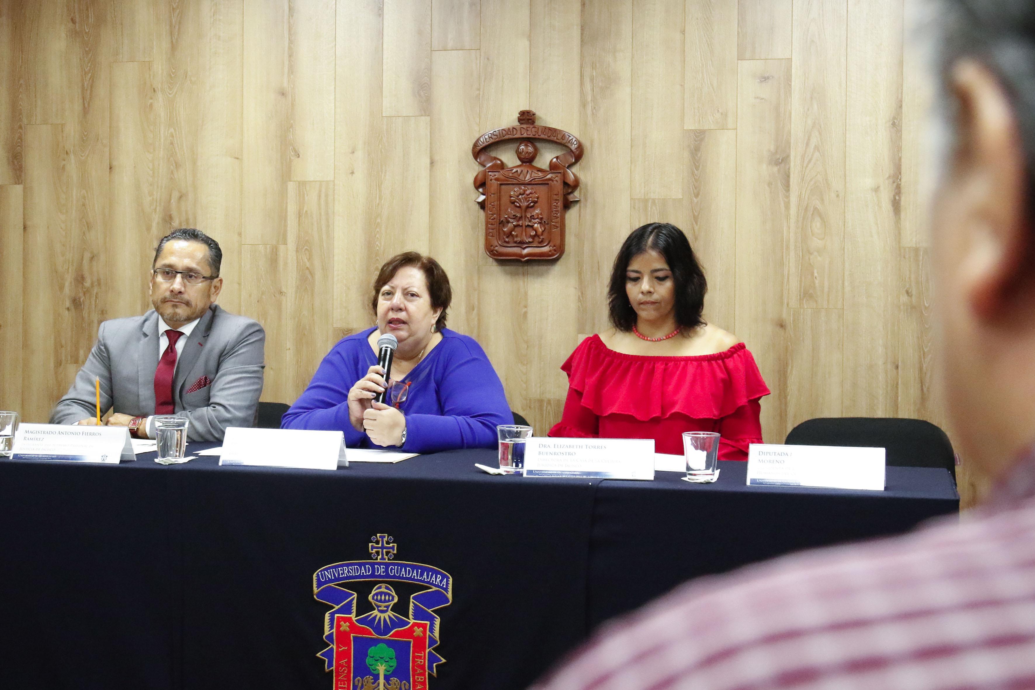 Dra.  Josefina Callicó López, coordinadora de Jóvenes y Violencia del Departamento de Disciplinas sobre el Derecho, del Centro Universitario de Ciencias Sociales y Humanidades (CUCSH), de la Universidad de Guadalajara (UdeG).