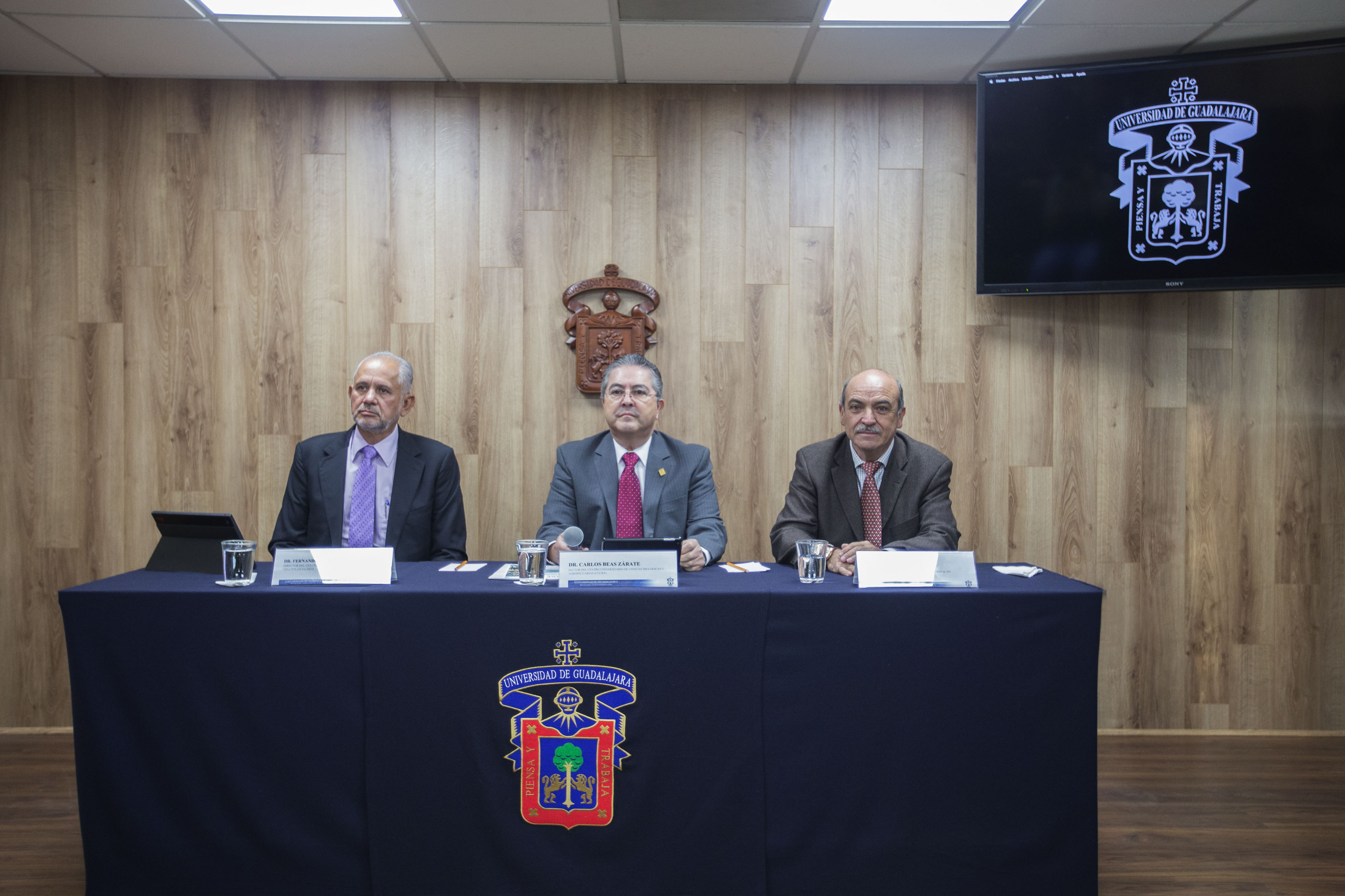 Rueda de prensa convocada por el Centro Universitario de Ciencias Biológicas y Agropecuarias, para abordar los efectos del cambio climático en México.
