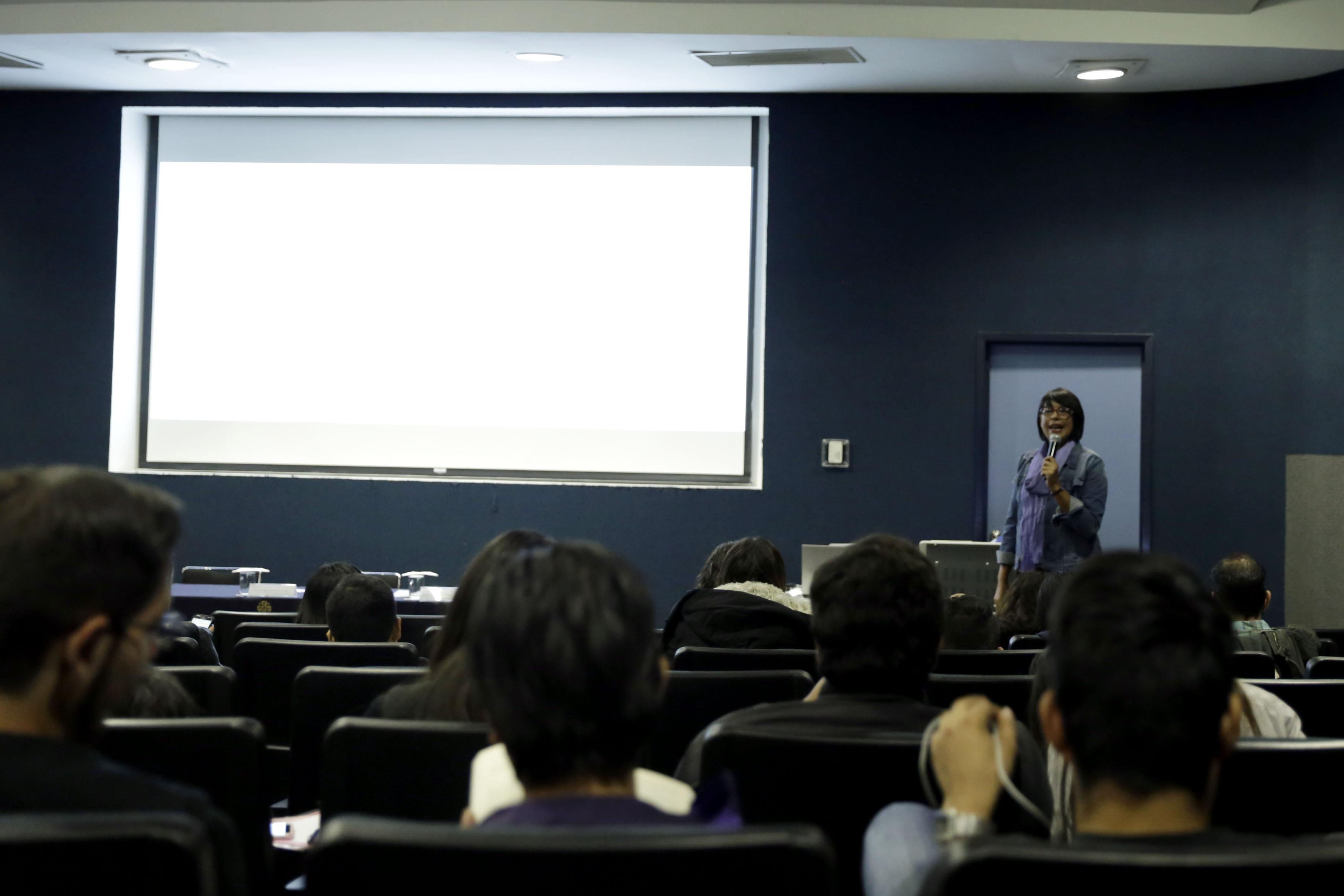 """Primera mesa del segundo seminario sobre """"Pobreza e inseguridad en México"""", que tuvo lugar en el Centro Universitario de Ciencias Económico Administrativas (CUCEA) de la UdeG"""
