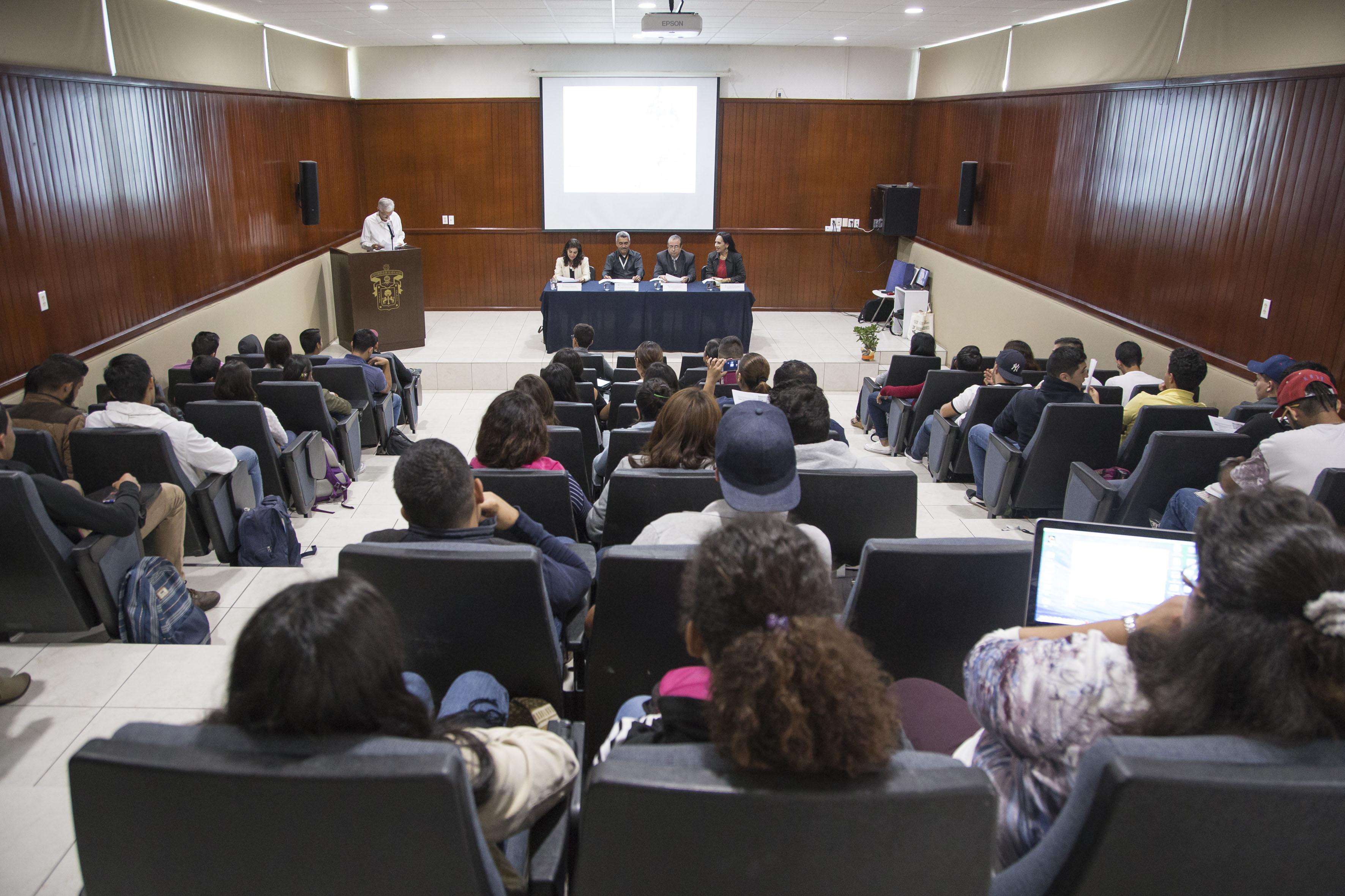 """Seminario """"Diálogos sobre igualdad de género y transversalidad en la UdeG-CUCBA"""