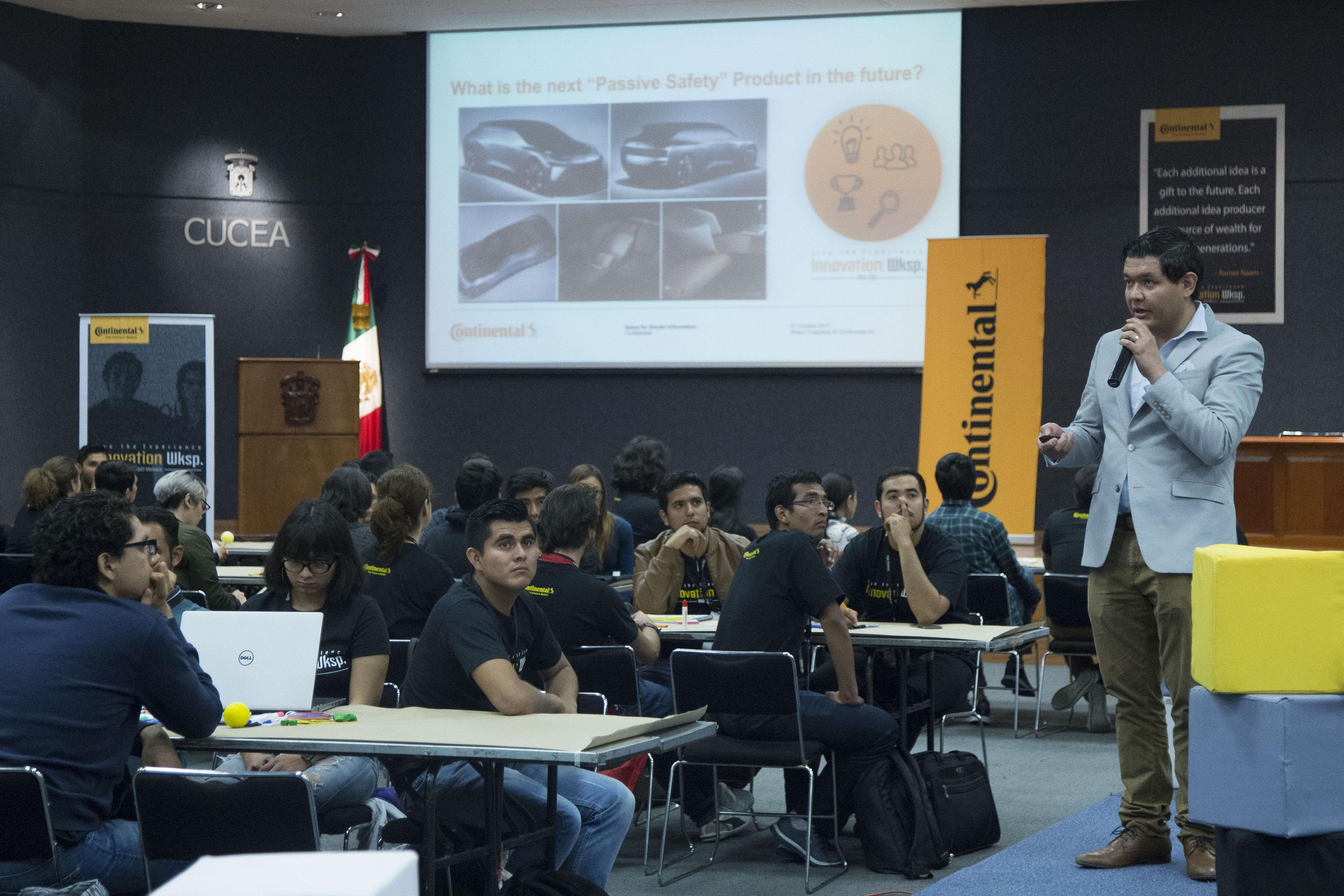 Inauguración de  Innovation Workshop en el núcleo de auditorios del CUCEA