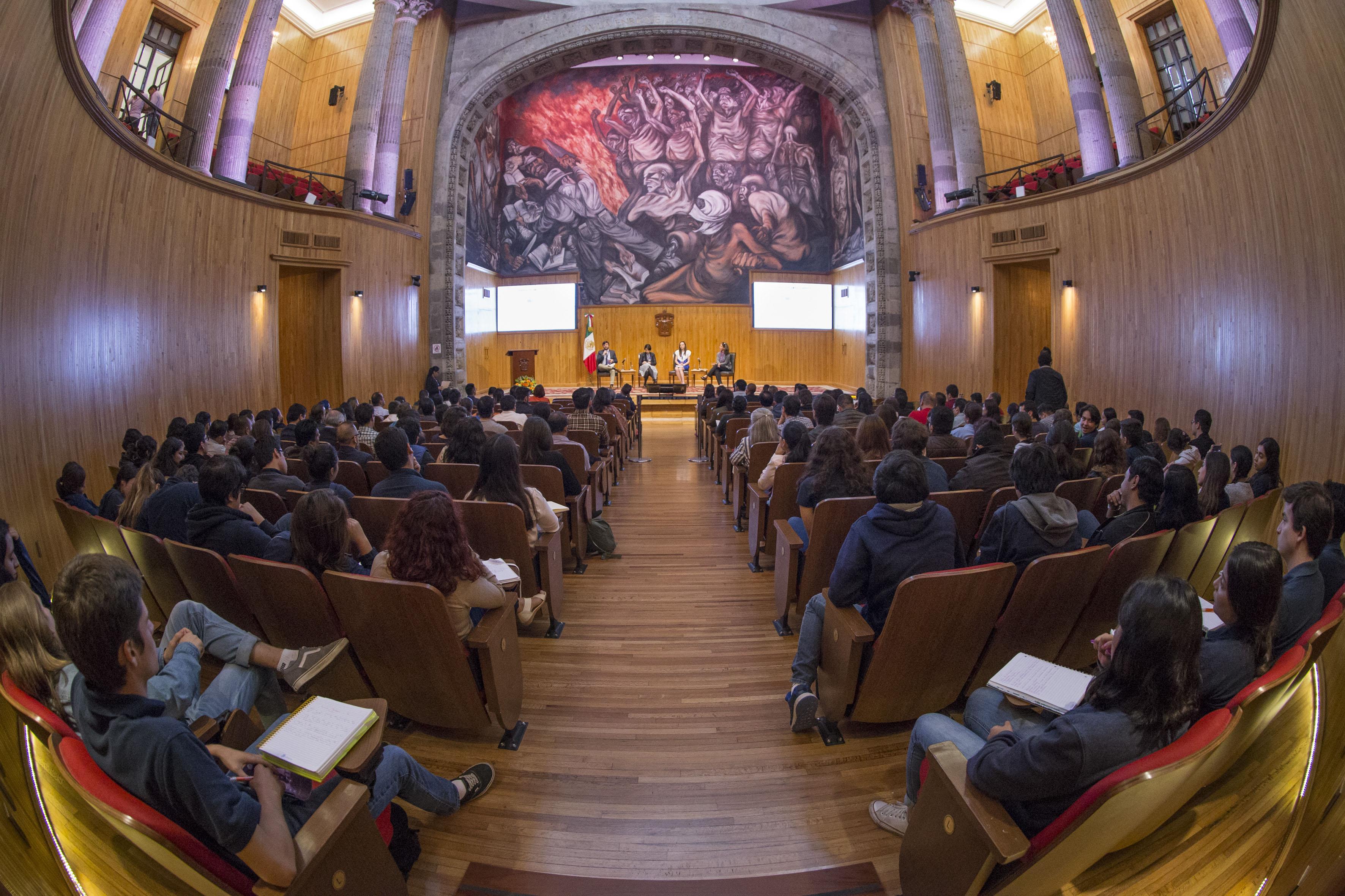 Inauguración del III Encuentro Latinoamericano de Innovación Social desde el Sector Público (ELIS) 2017, en el Paraninfo Enrique Díaz de León de la UdeG.