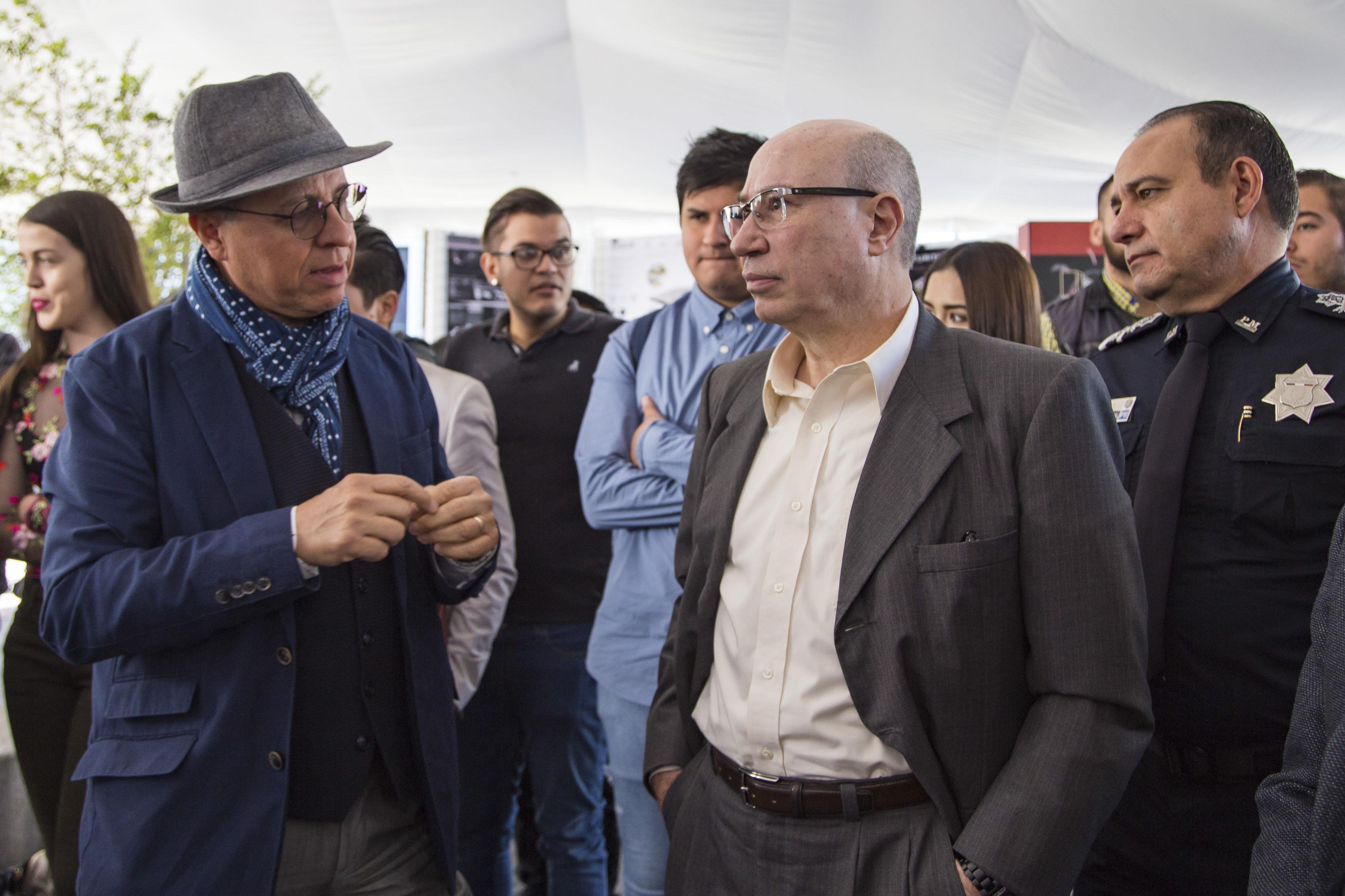 Secretario General de esta Casa de Estudio, maestro José Alfredo Peña Ramos, participando en la ceremonia de inauguración