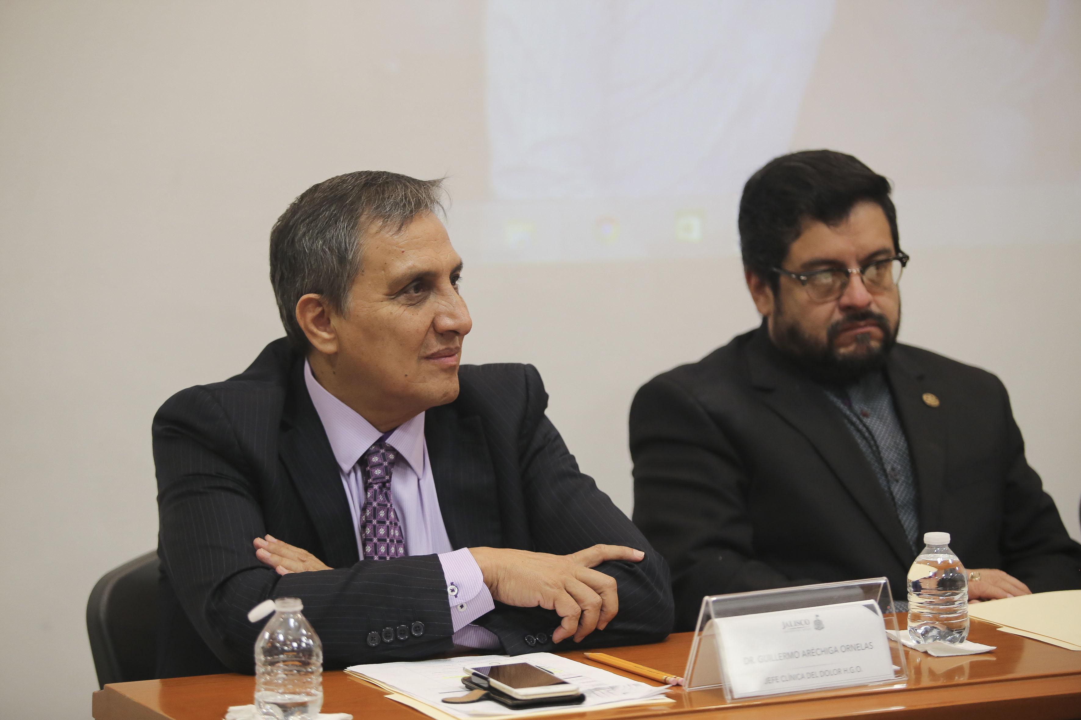 Dr Guillermo Aréchiga Ornelas, haciendo uso de la palabra