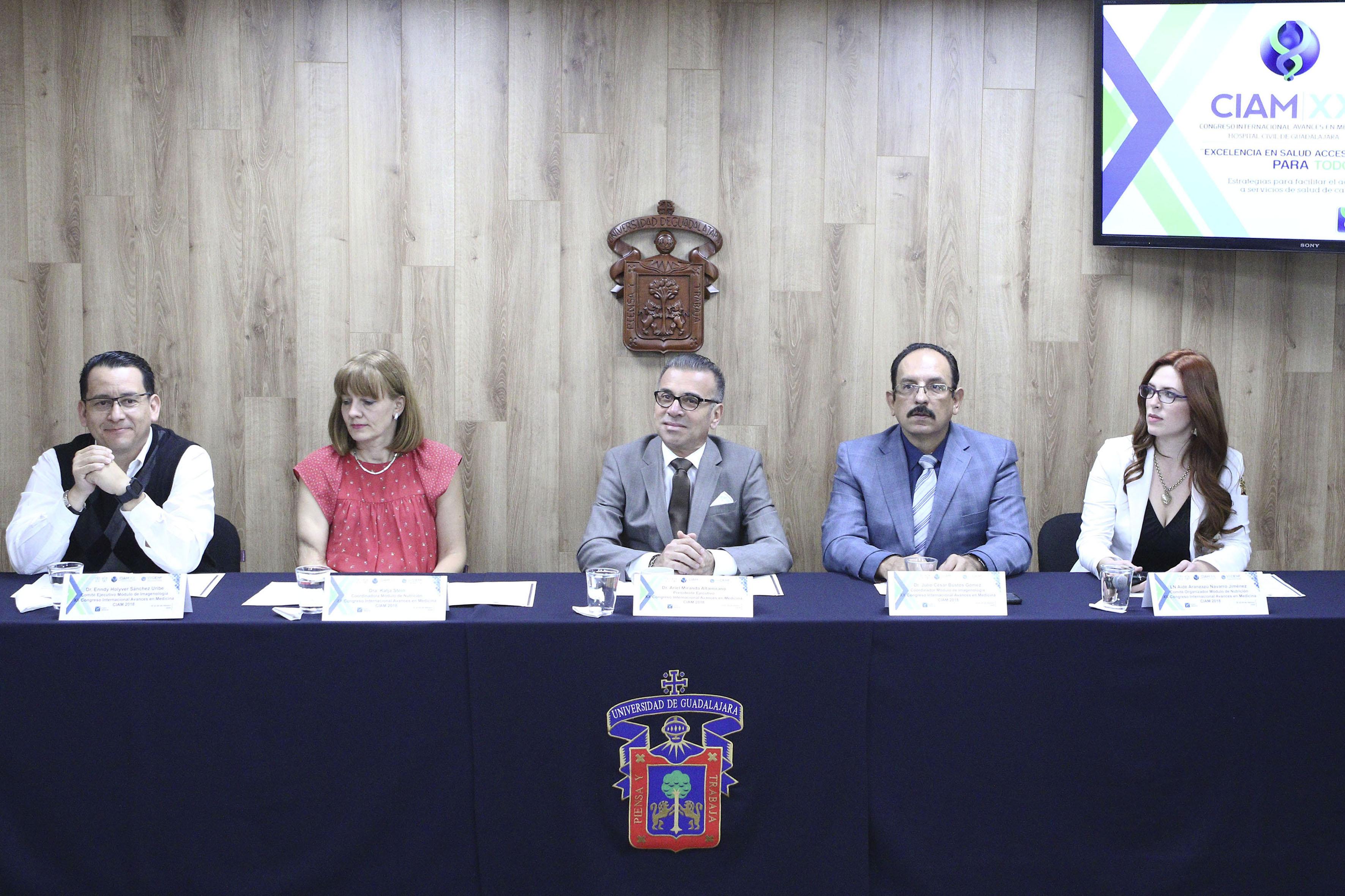 Rueda de prensa para anunciar los  módulos de Nutrición e Imagenología del CIAM 2018