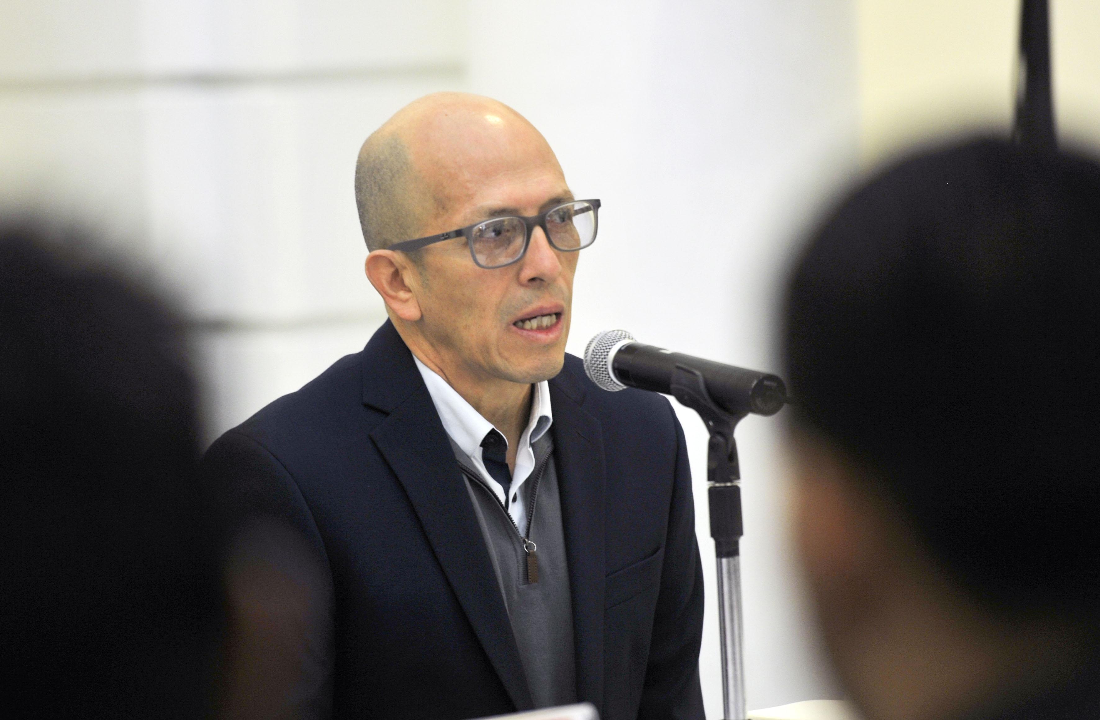 Dr. Ramón Reyes Rodríguez, jefe del Departamento de Proyectos Urbanísticos del CUAAD, haciendo uso de la palabra