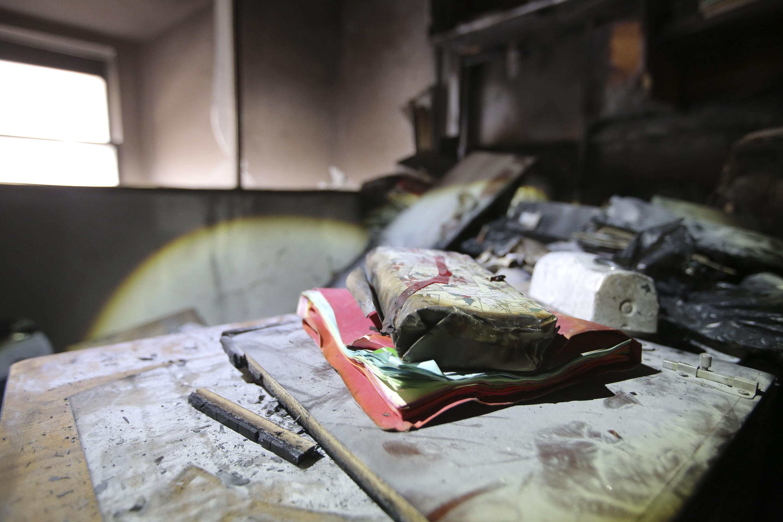 """Daños ocasionados por el incendio a la Biblioteca Iberoamericana """"Octavio Paz""""."""