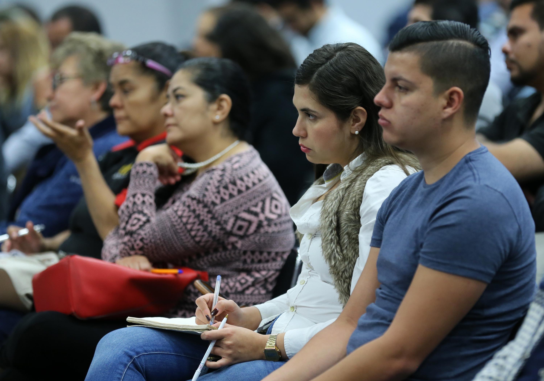 """Público asistente a la  Conferencia """"Efectos fiscales del paquete económico 2018"""""""