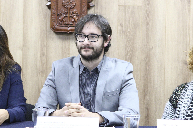 Investigador del Departamento de Estudios Políticos del CUCSH, doctor Andrea Buzzoleti.