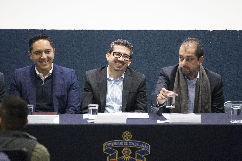 Rector del Centro Universitario de  CUCEA,, maestro Alberto Castellanos Gutiérrez,participando en la inauguración del I Coloquio de Políticas Públicas para el Bienestar de la Juventud