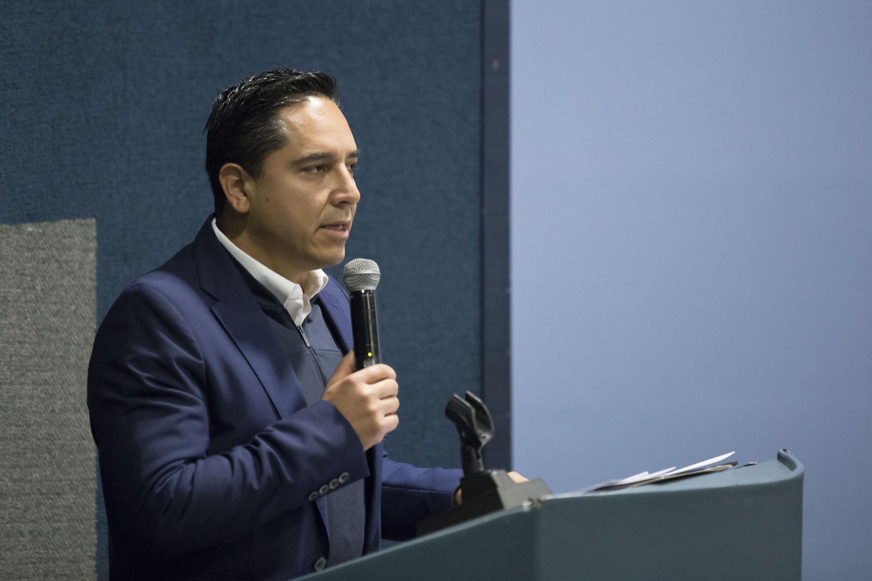 Director del Consejo Estatal para el Fomento Deportivo (Code), licenciado André Marx Miranda, haciendo uso de la palabra