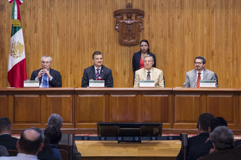 Inauguran el 4to. Coloquio de Invierno de la Red de Políticas Públicas en el en el Paraninfo Enrique Díaz de León de la Universidad de Guadalajara (UdeG).