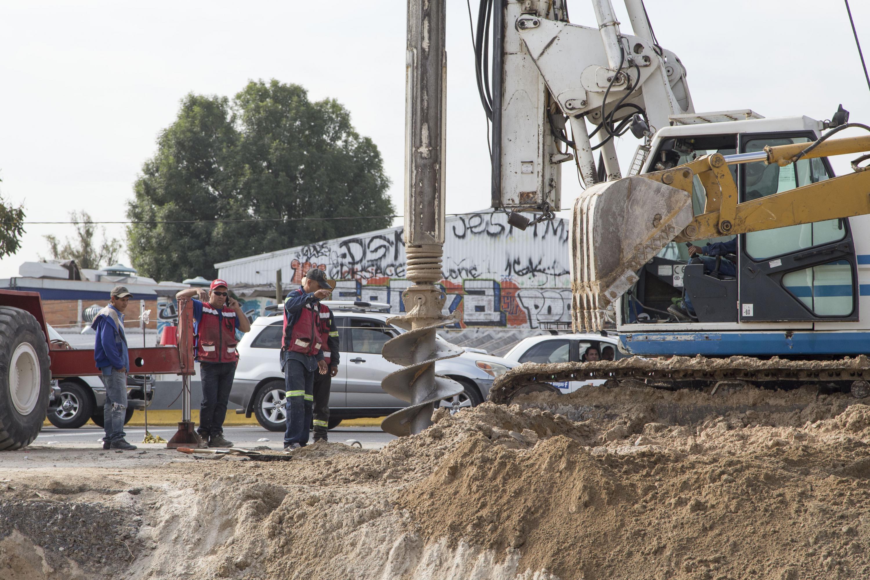 Maquina de perforación empleada en las obras del viaducto Belenes