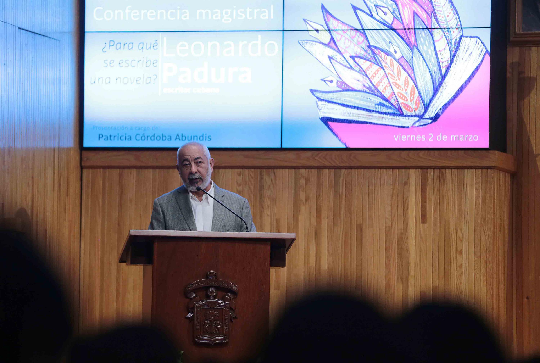 El viernes 3 de marzo impartió la conferencia en el Paraninfo Enrique Díaz de León