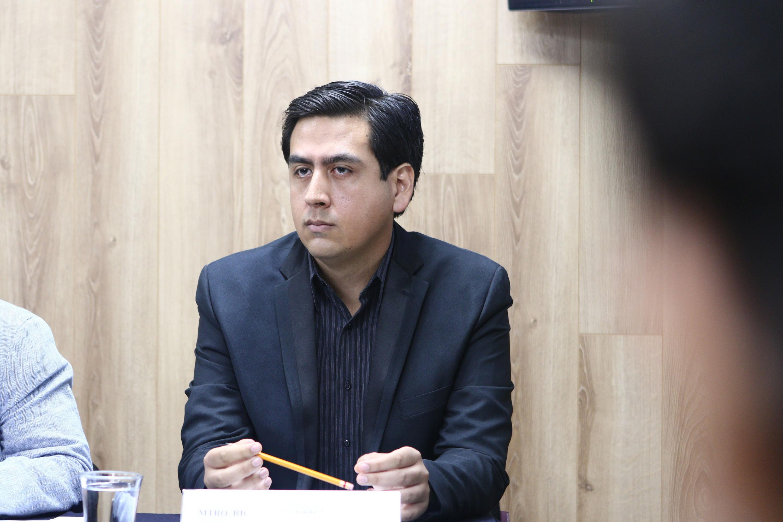 Maestro Ricardo Rodríguez, miembro del cuerpo académico de Estudios y Retos de la Ciencia del Derecho, del CUTonalá.